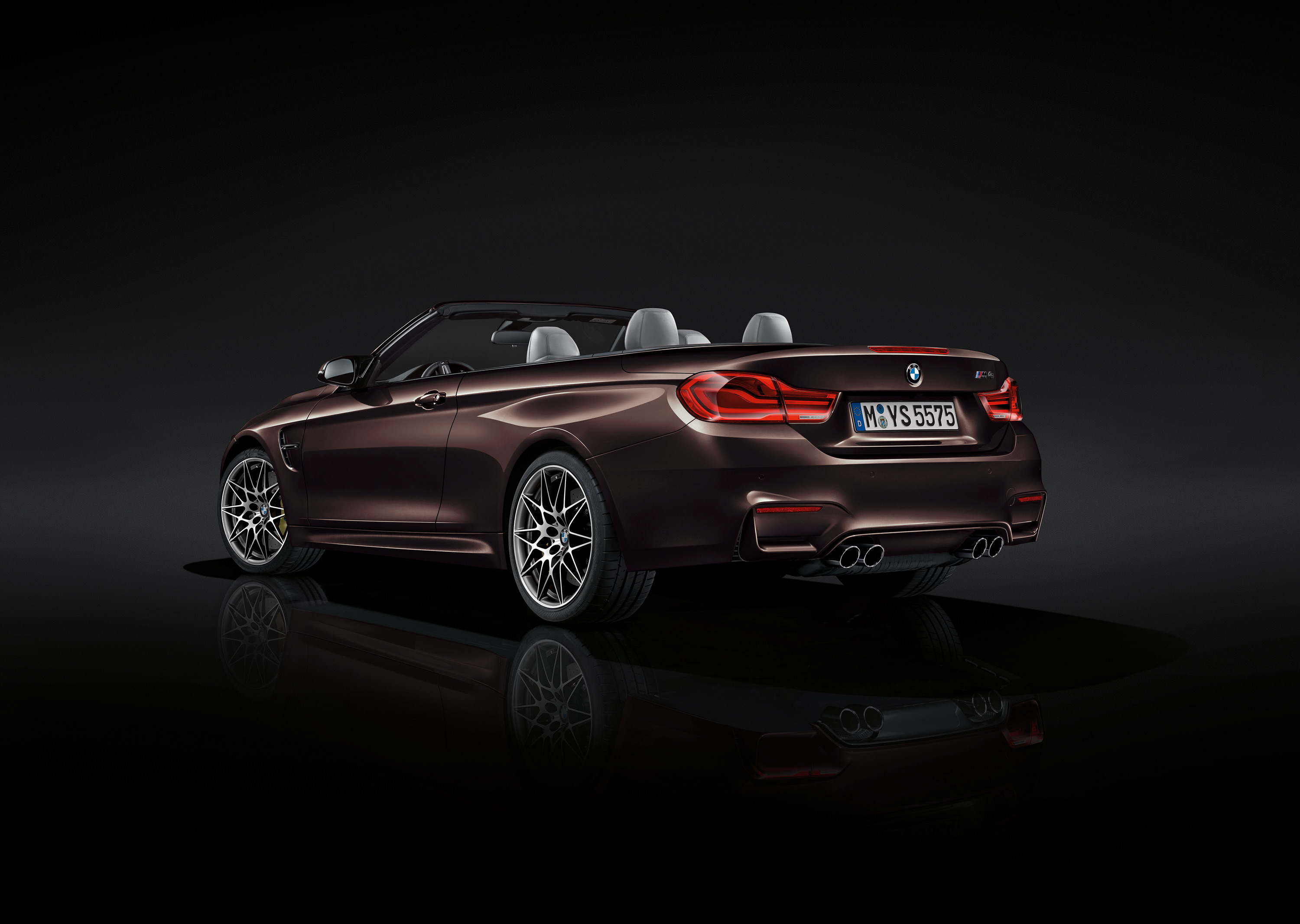 2018 bmw m4 convertible gallery 702104 top speed. Black Bedroom Furniture Sets. Home Design Ideas