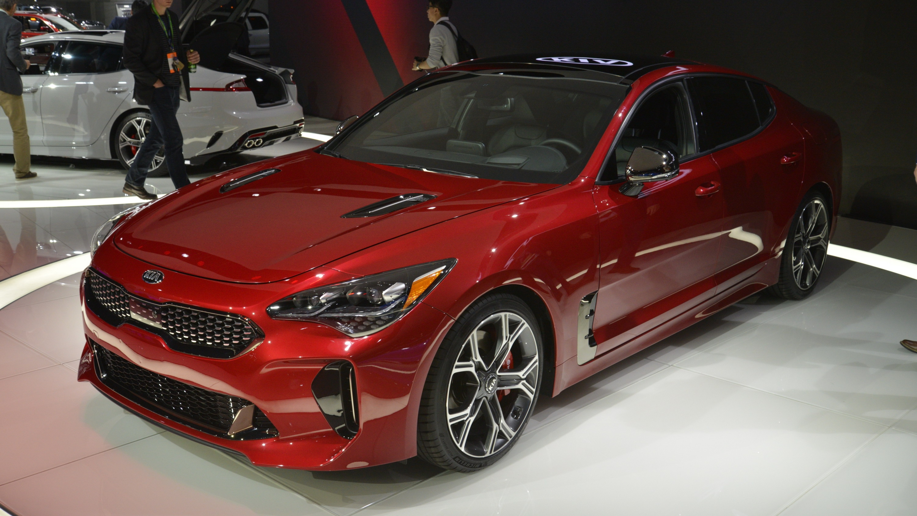 My Kia Performance >> The Kia Stinger Casts A Big Shadow On The Competition Pictures