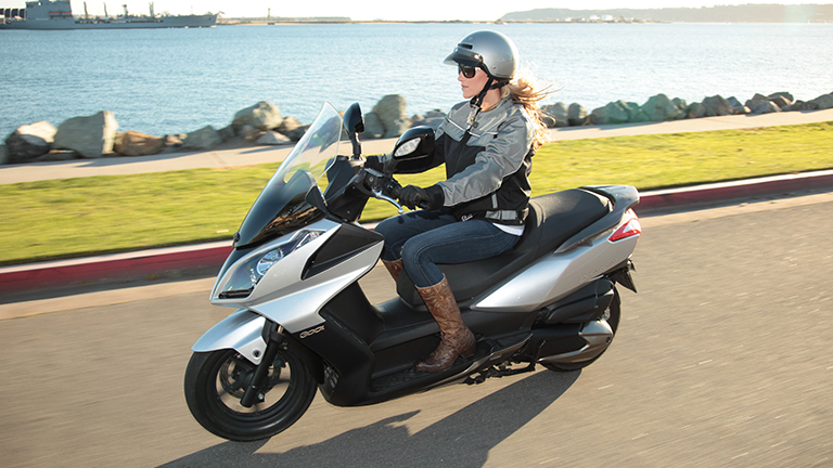 2014 2017 kymco downtown 300i review top speed. Black Bedroom Furniture Sets. Home Design Ideas