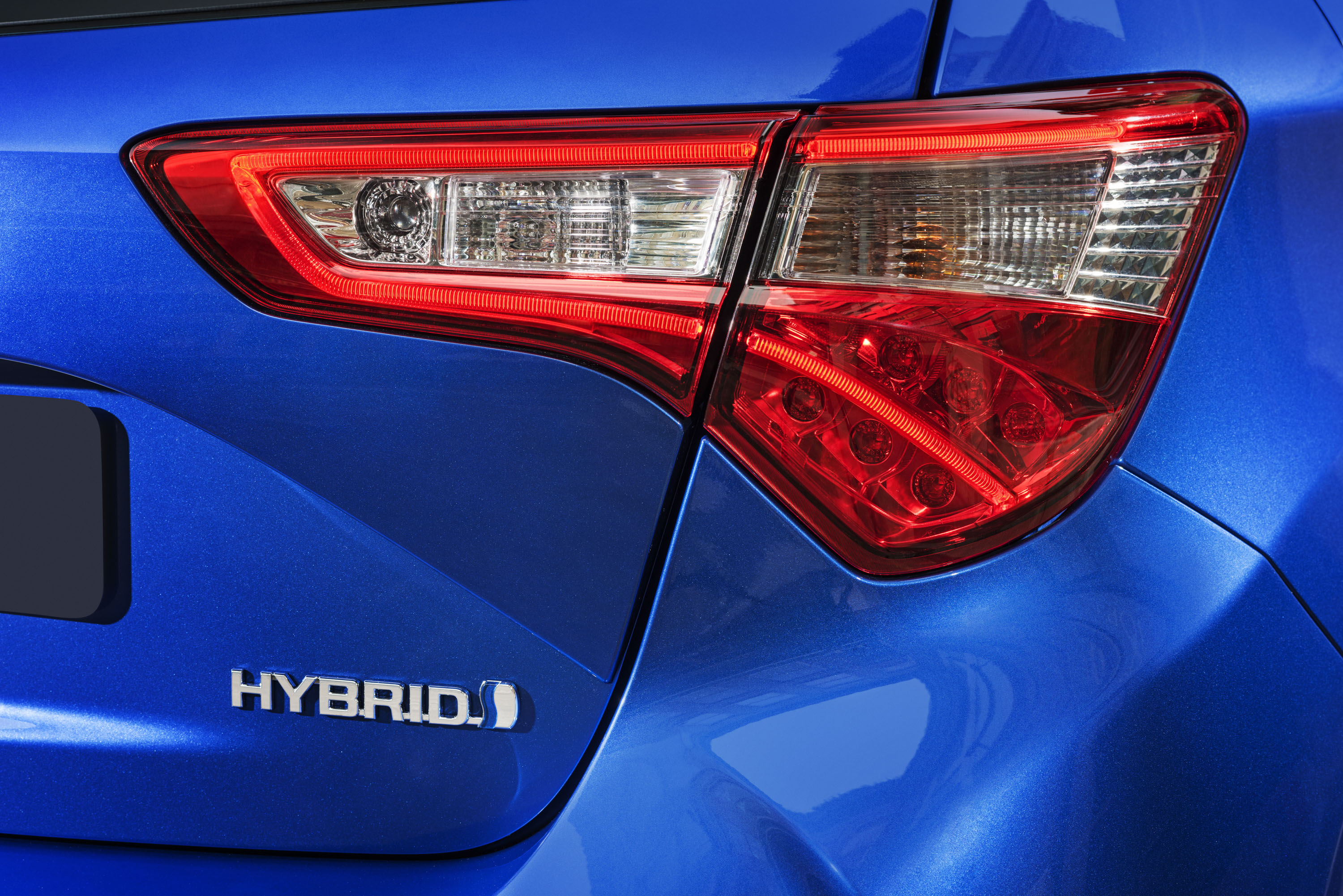 2017 Toyota Yaris Demonstrates How Auto Turnover Is Speeding Up Led Driven Tail Brake Light Cluster Top Speed