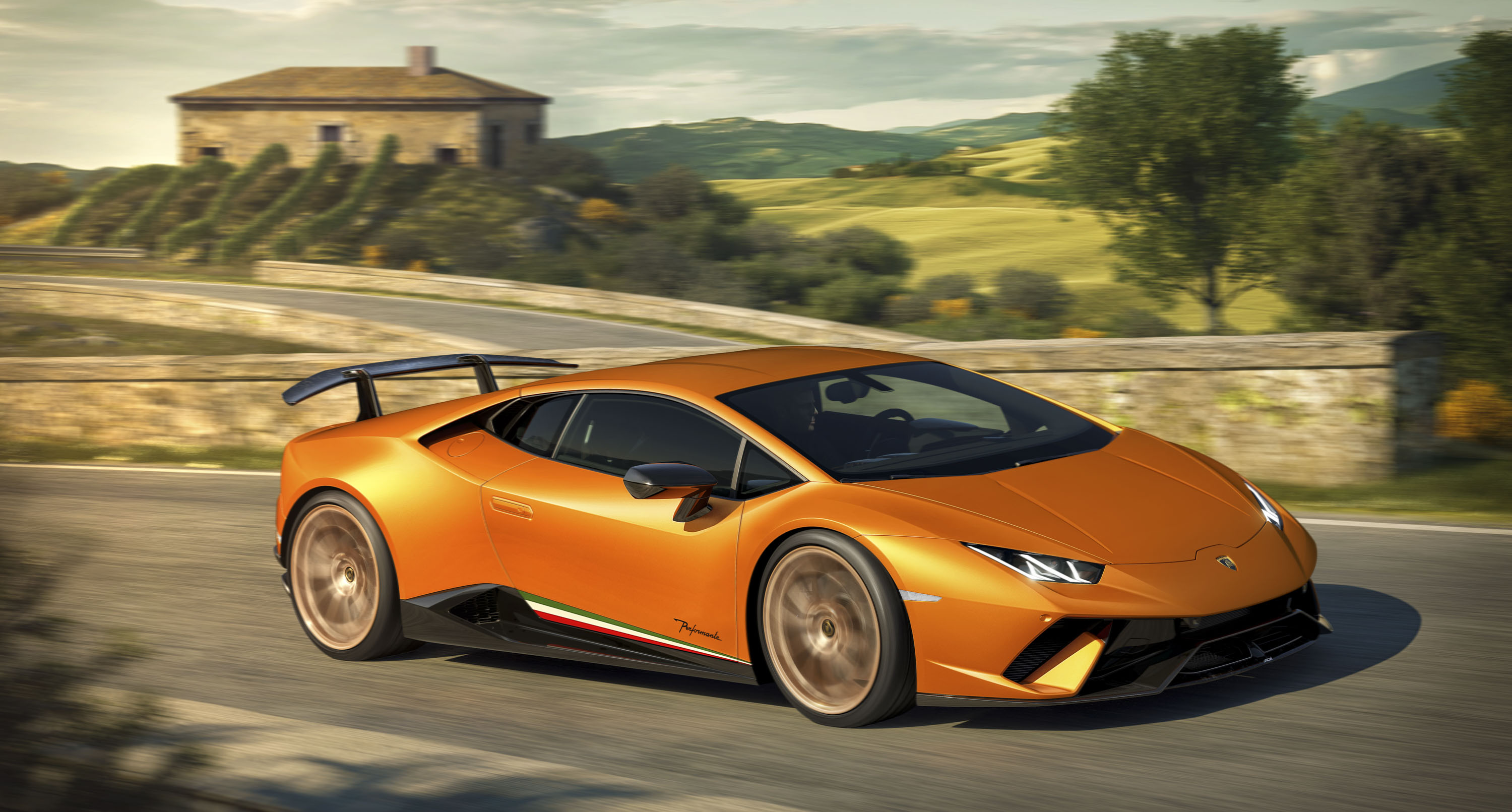 Watch A Lamborghini Huracan Performante Race A Mig 29k Fighter Jet