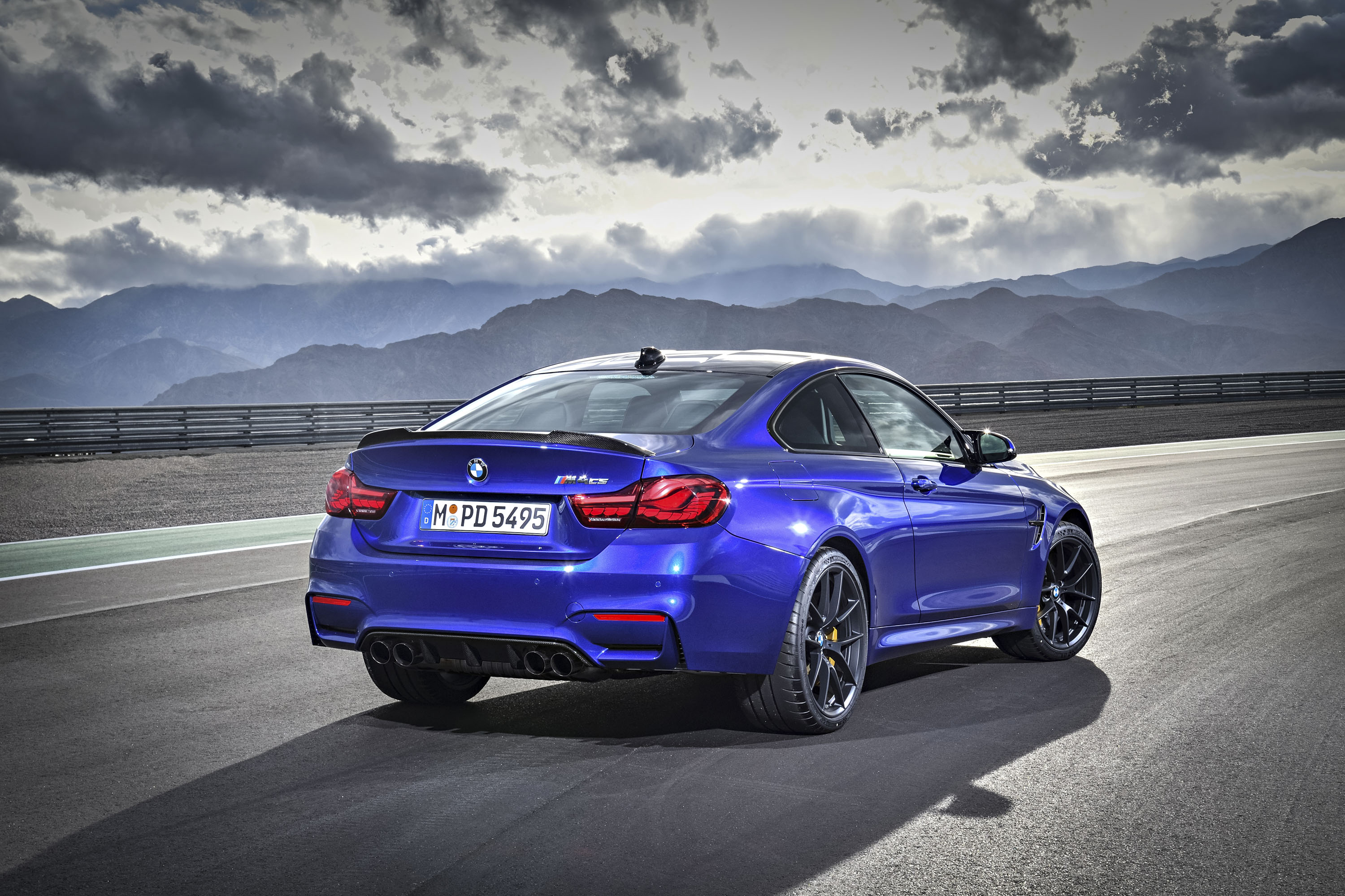 2018 bmw m4 cs review top speed. Black Bedroom Furniture Sets. Home Design Ideas