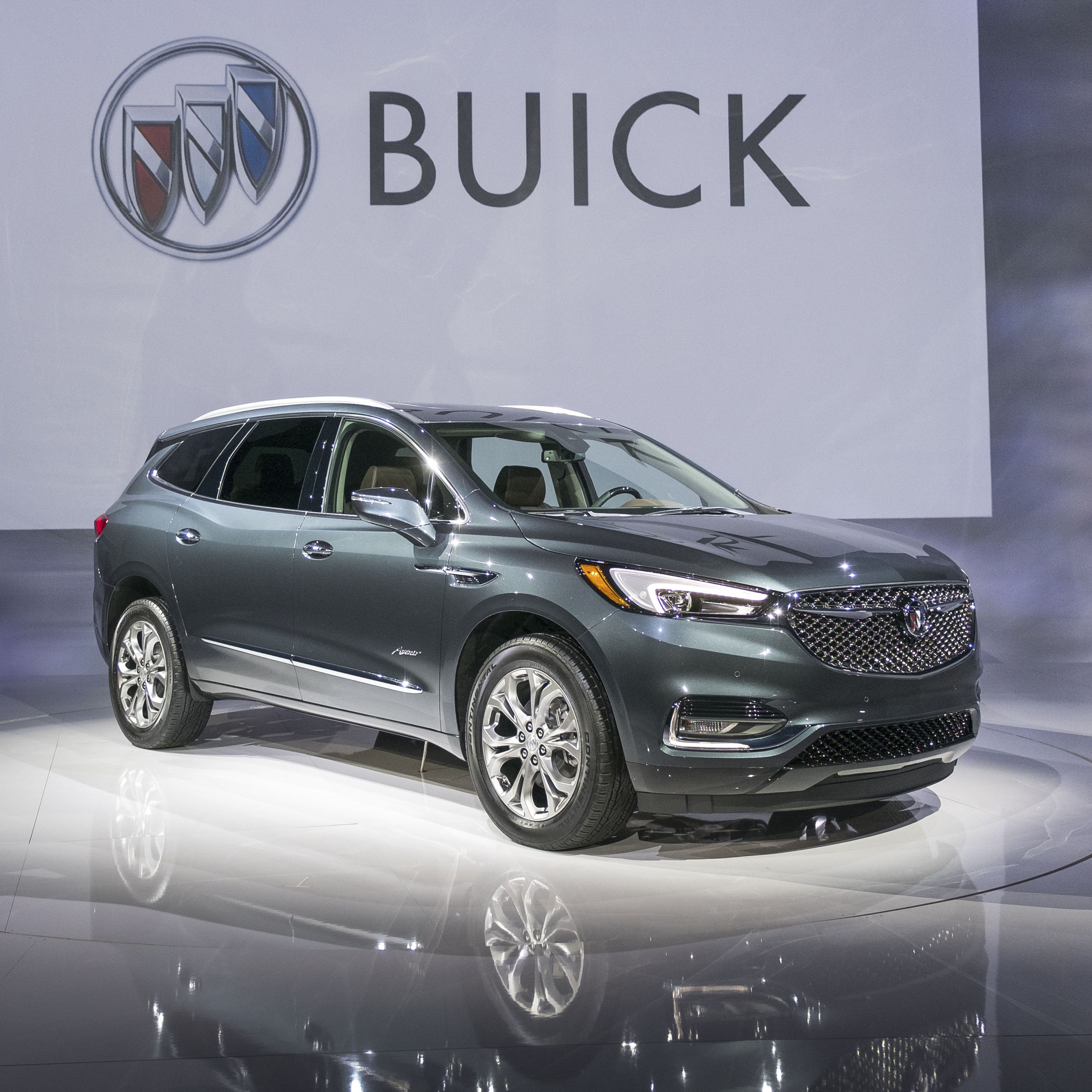 2018 Buick Enclave: Redesign, Styling, New Engines, Price >> 2017 Buick Enclave Avenir Top Speed