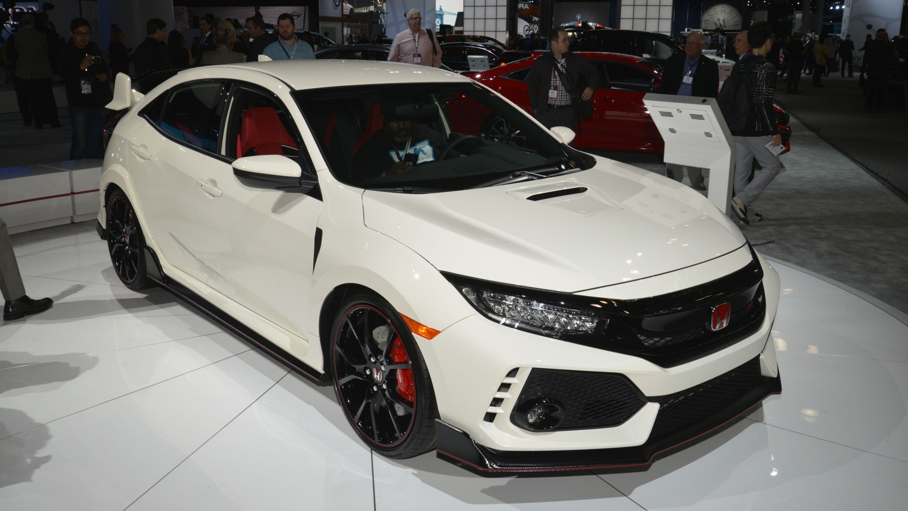 Honda Civic Type R Puts On White Suit, Comes To America ...