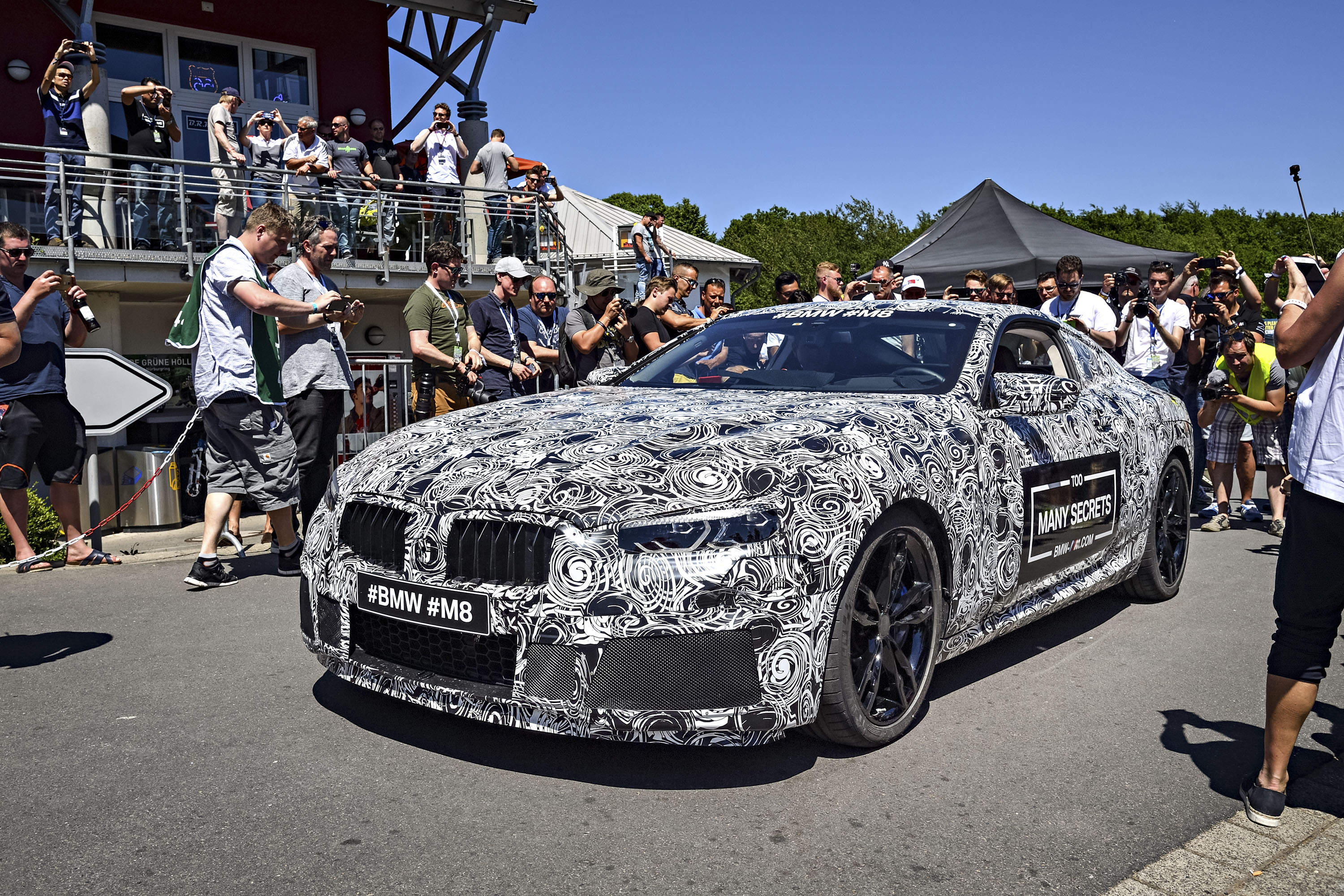 2019 BMW M8 Review