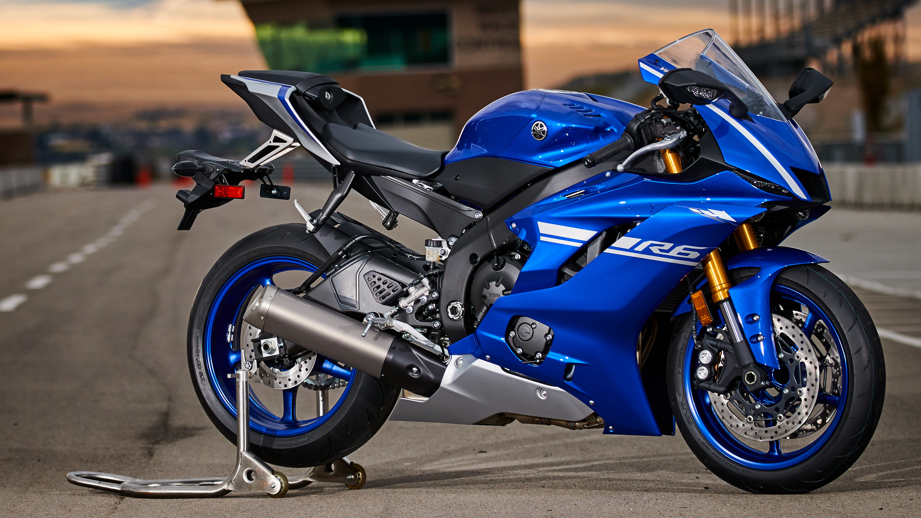 2017 - 2018 yamaha yzf-r6 | top speed