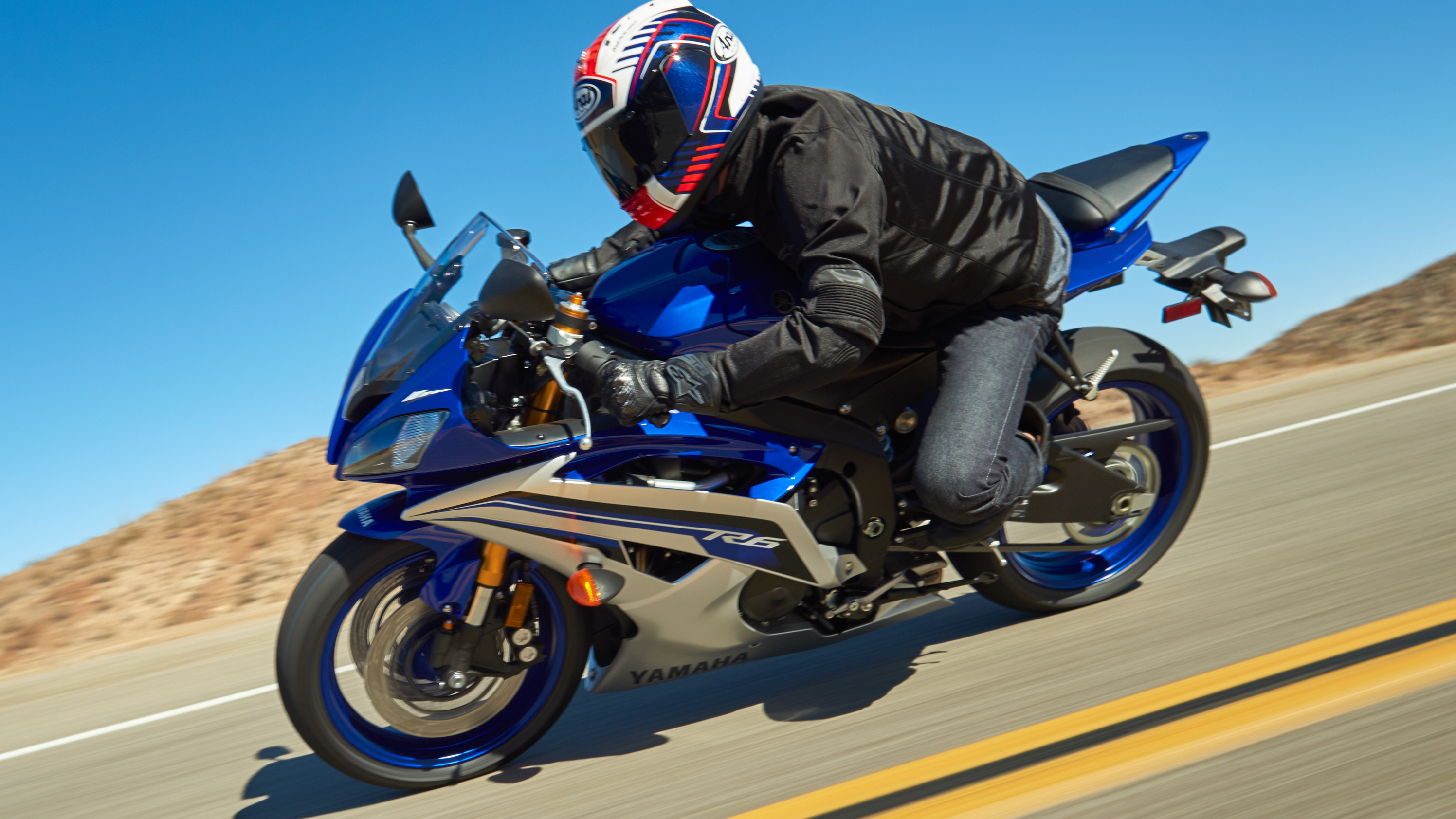 2015 yamaha yzf r6 review gallery top speed. Black Bedroom Furniture Sets. Home Design Ideas