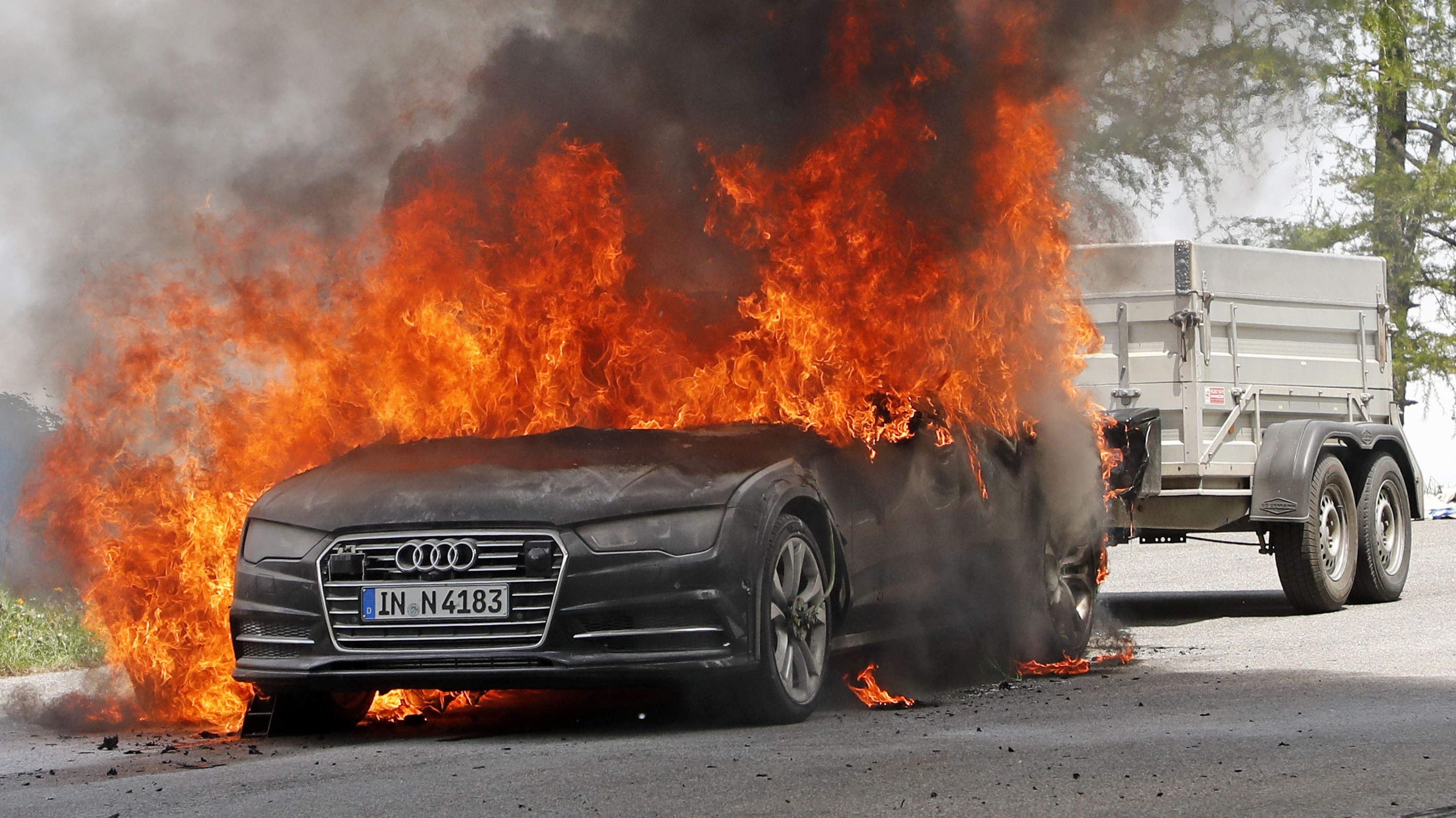 audi a7 crisp prototype testing burns during flame gets while alps speed autoevolution