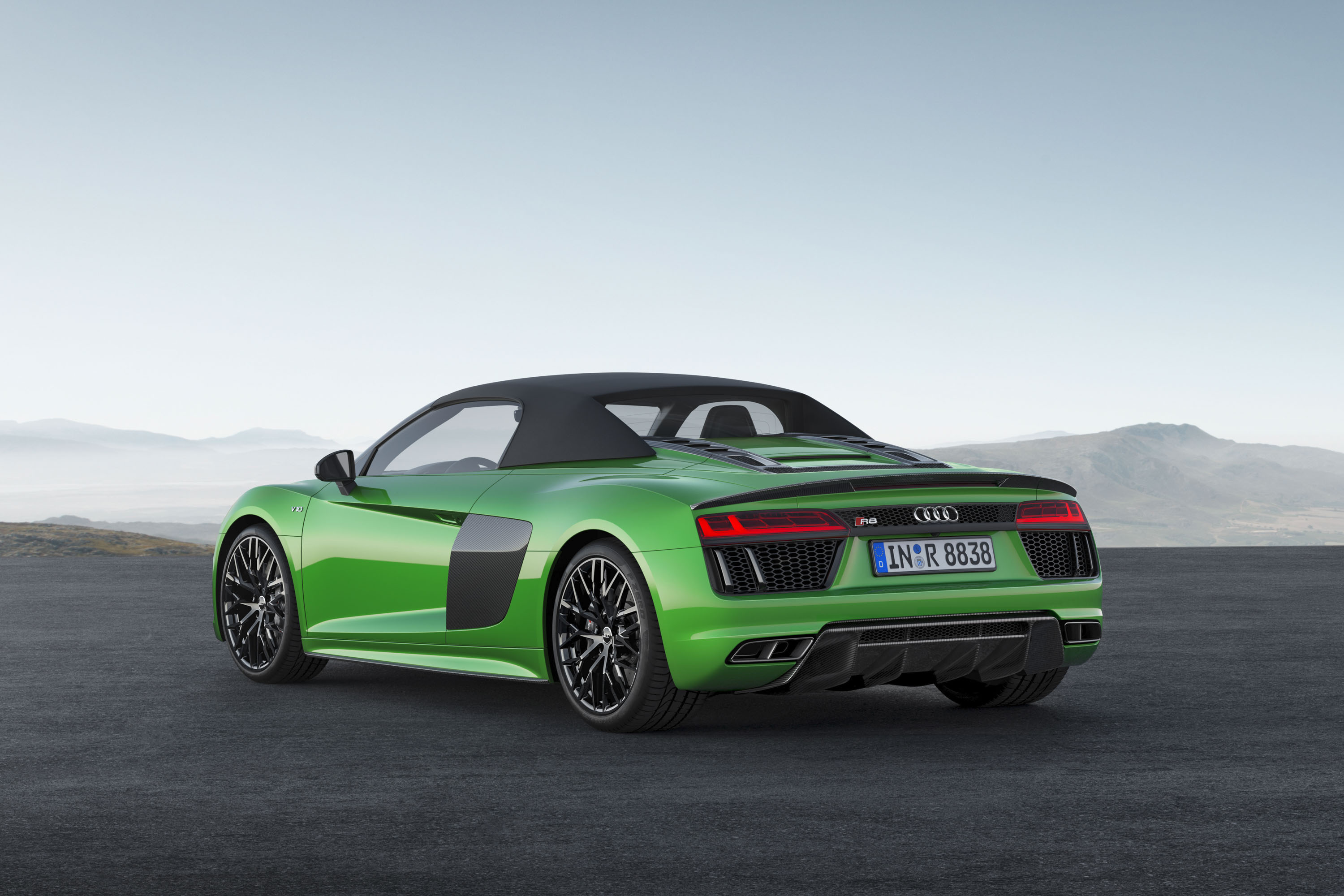 Audi r8 hp and torque