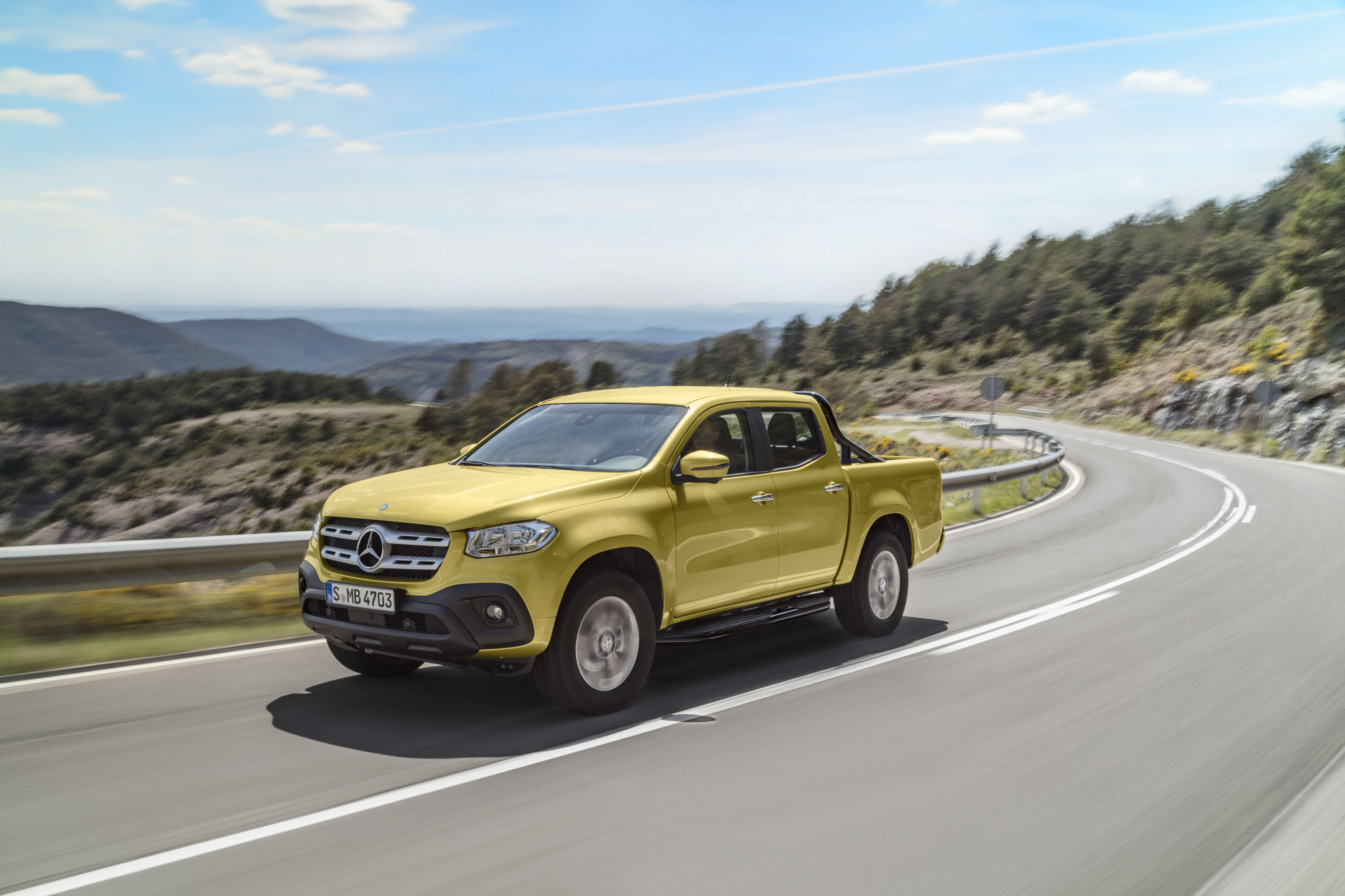 Mercedes Benz X Class Vs Nissan Navara Top Speed