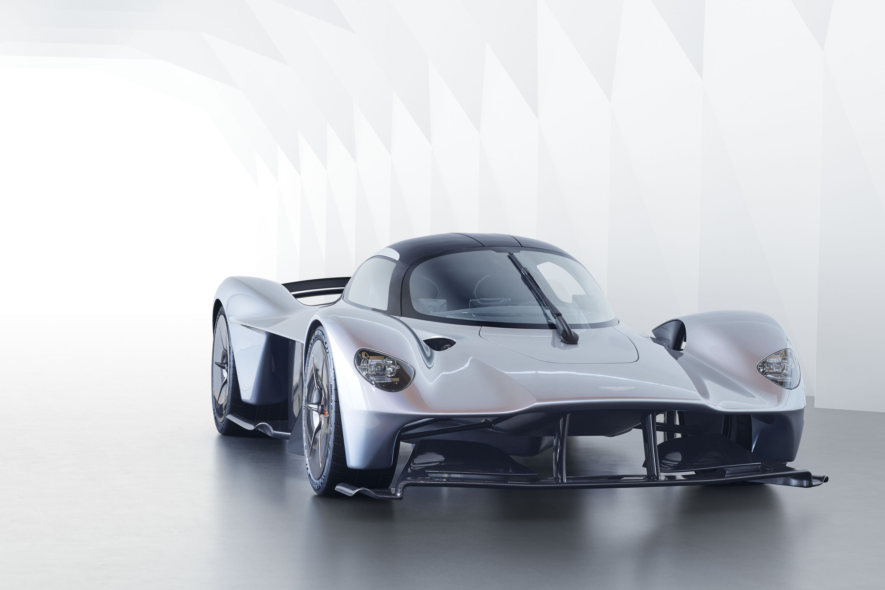 The Aston Martin Valkyrie Is In Big Trouble