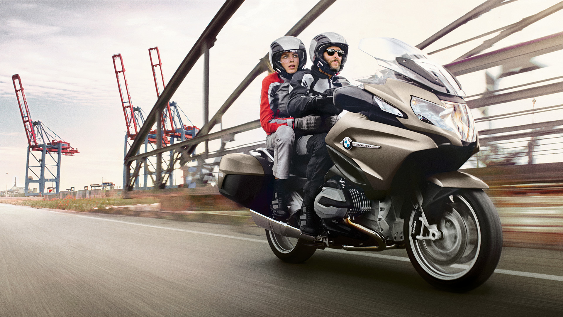 2014 2017 bmw r 1200 rt review gallery top speed. Black Bedroom Furniture Sets. Home Design Ideas