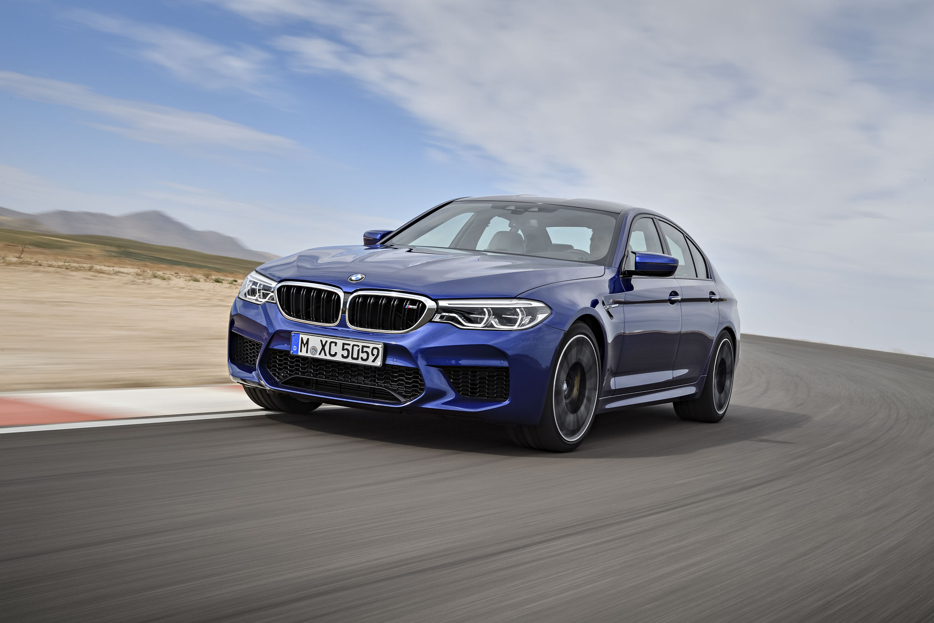 Why I D Skip The Bmw M5 For The M550i Top Speed