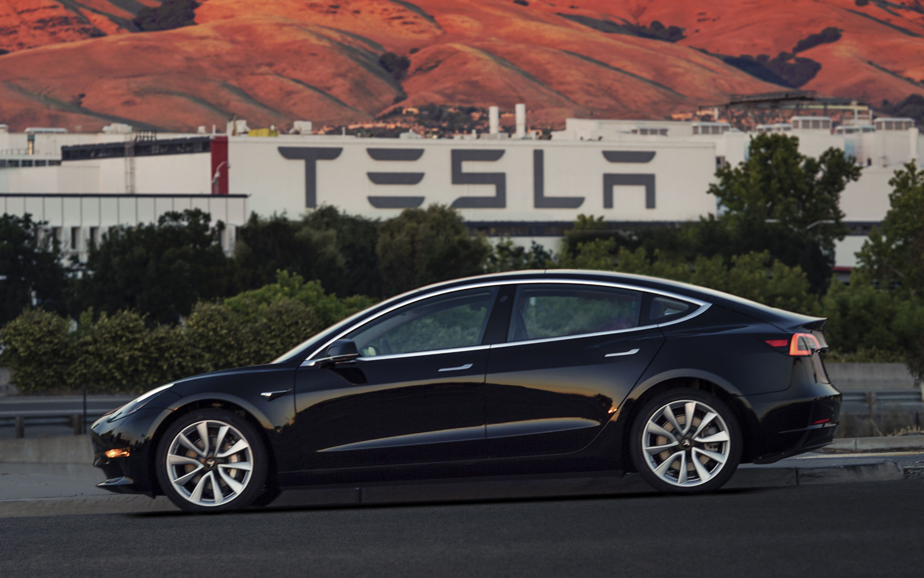Elon Musk Says The Tesla Model 3 Could Eventually Sell For 28 000