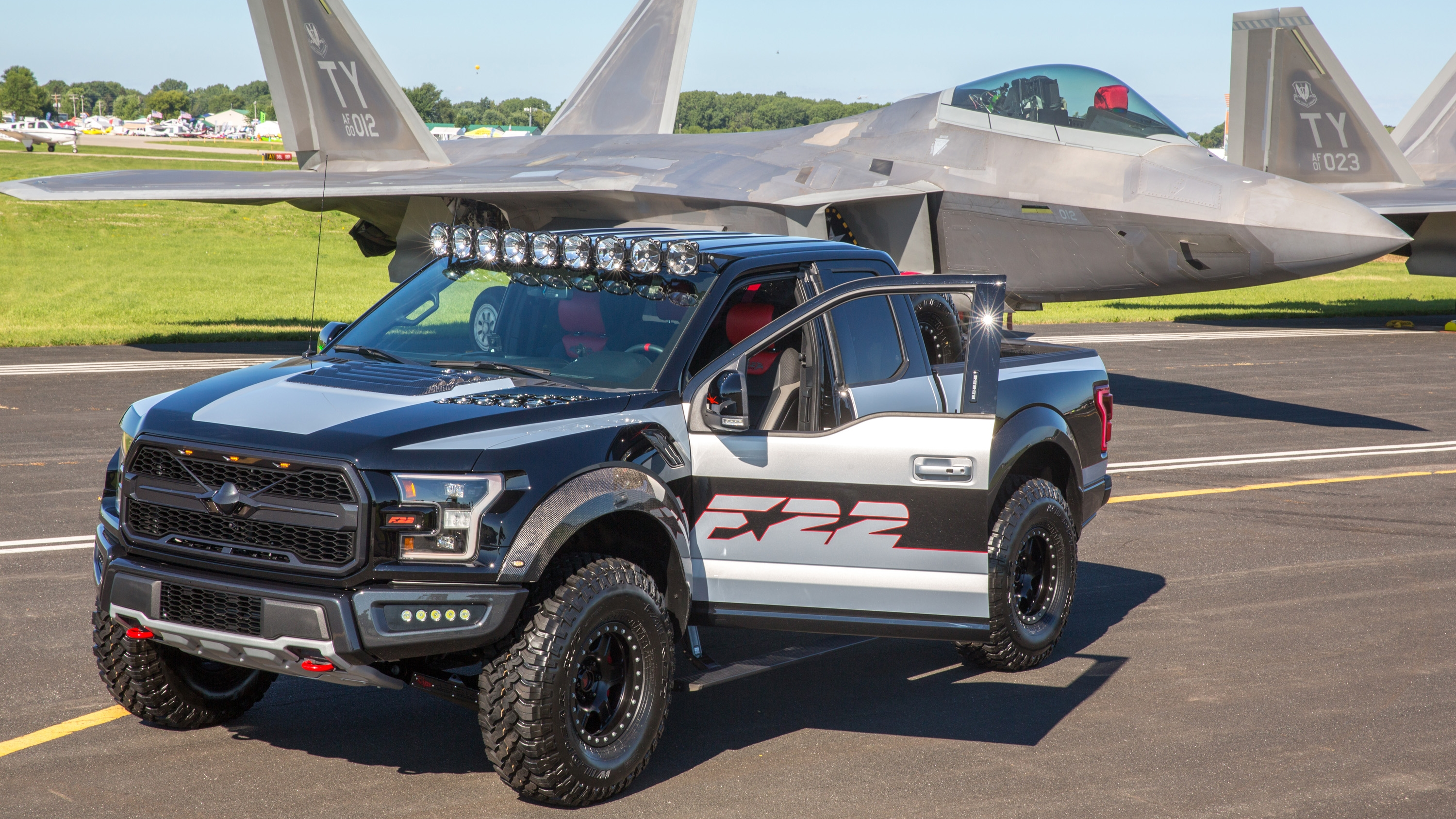 2018 Ford F-22 F-150 Raptor Pictures, Photos, Wallpapers. | Top Speed