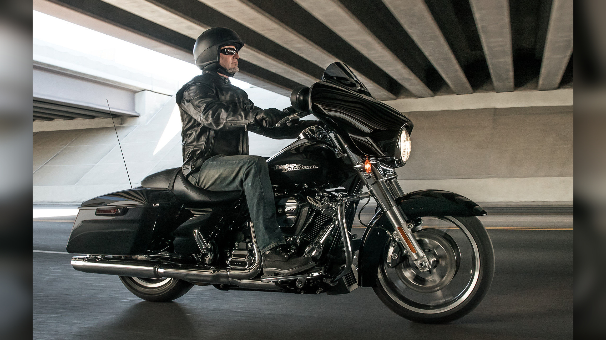 2019 Harley-Davidson CVO Road Glide | Top Speed
