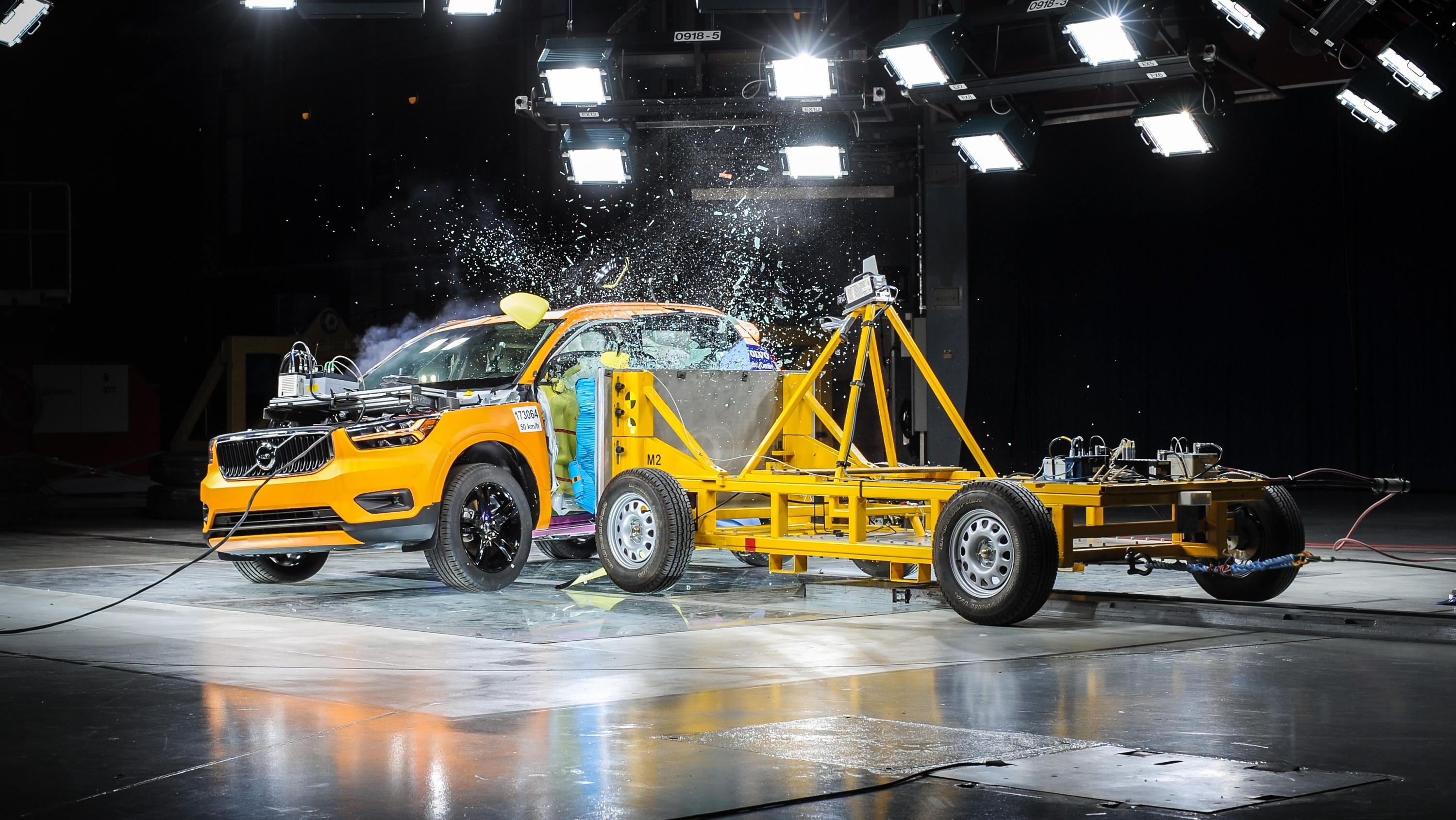 Side-Impact Crash Test Shows 2018 Volvo XC40 Is A Winner   Top Speed