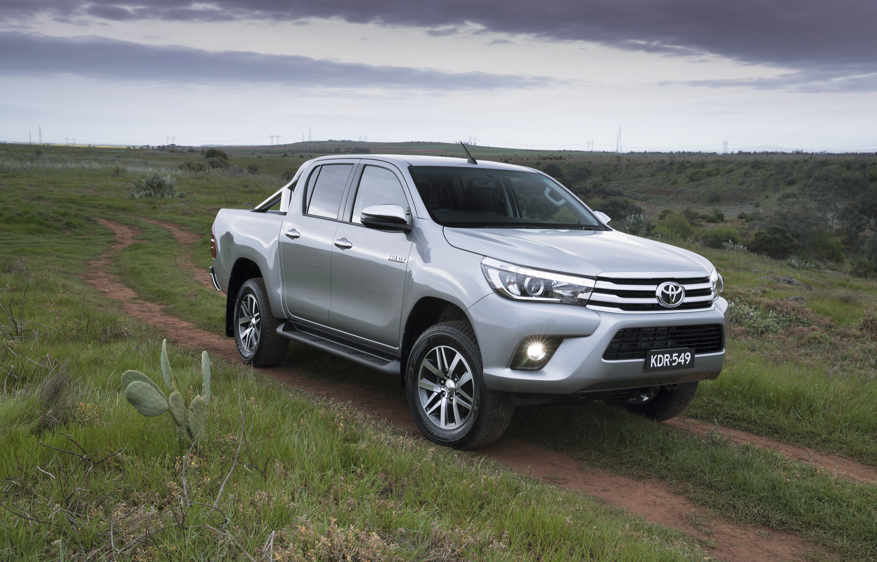 2018 toyota hilux top speed