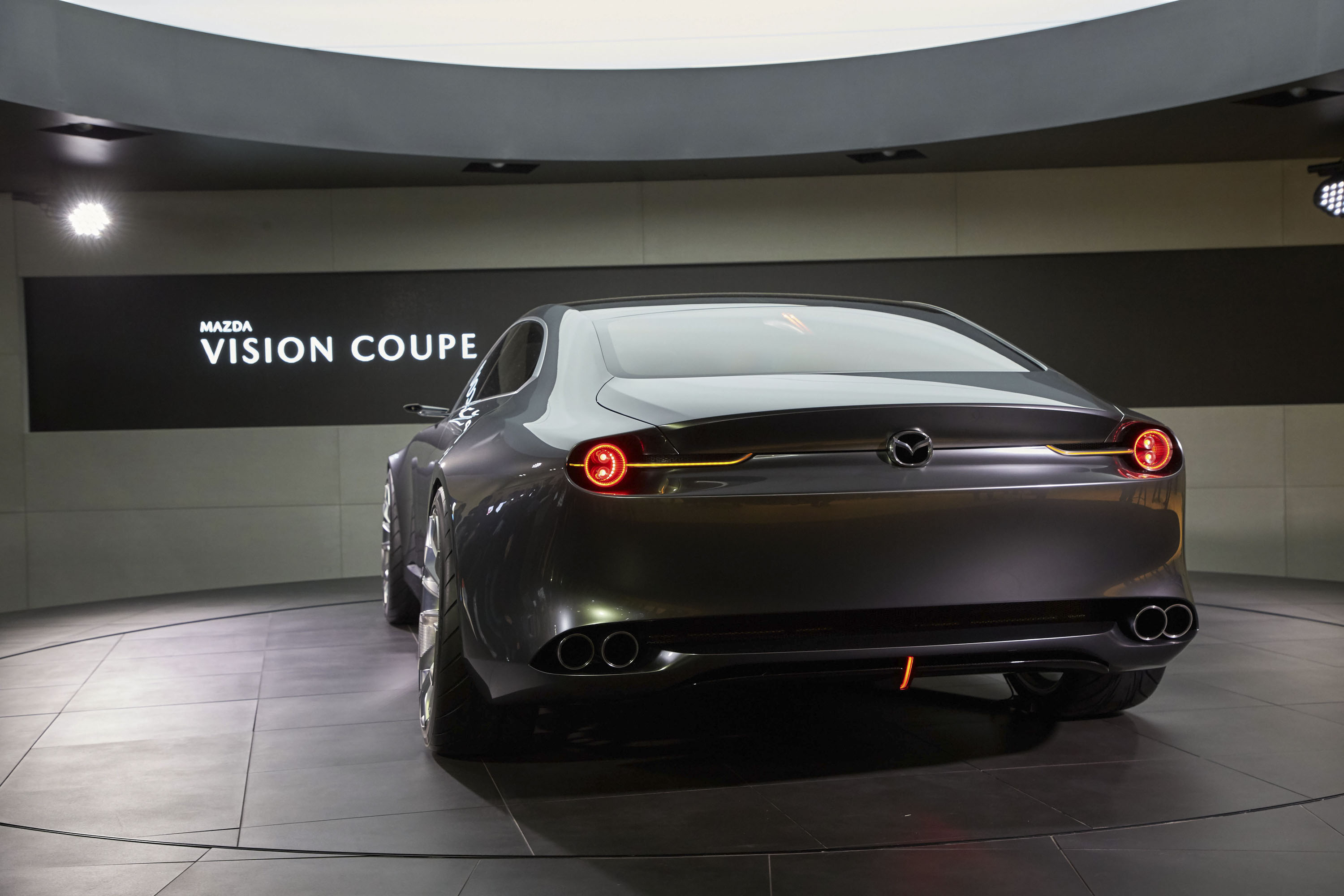 https://pictures.topspeed.com/IMG/jpg/201710/2017-mazda-vision-coupe-c-18.jpg