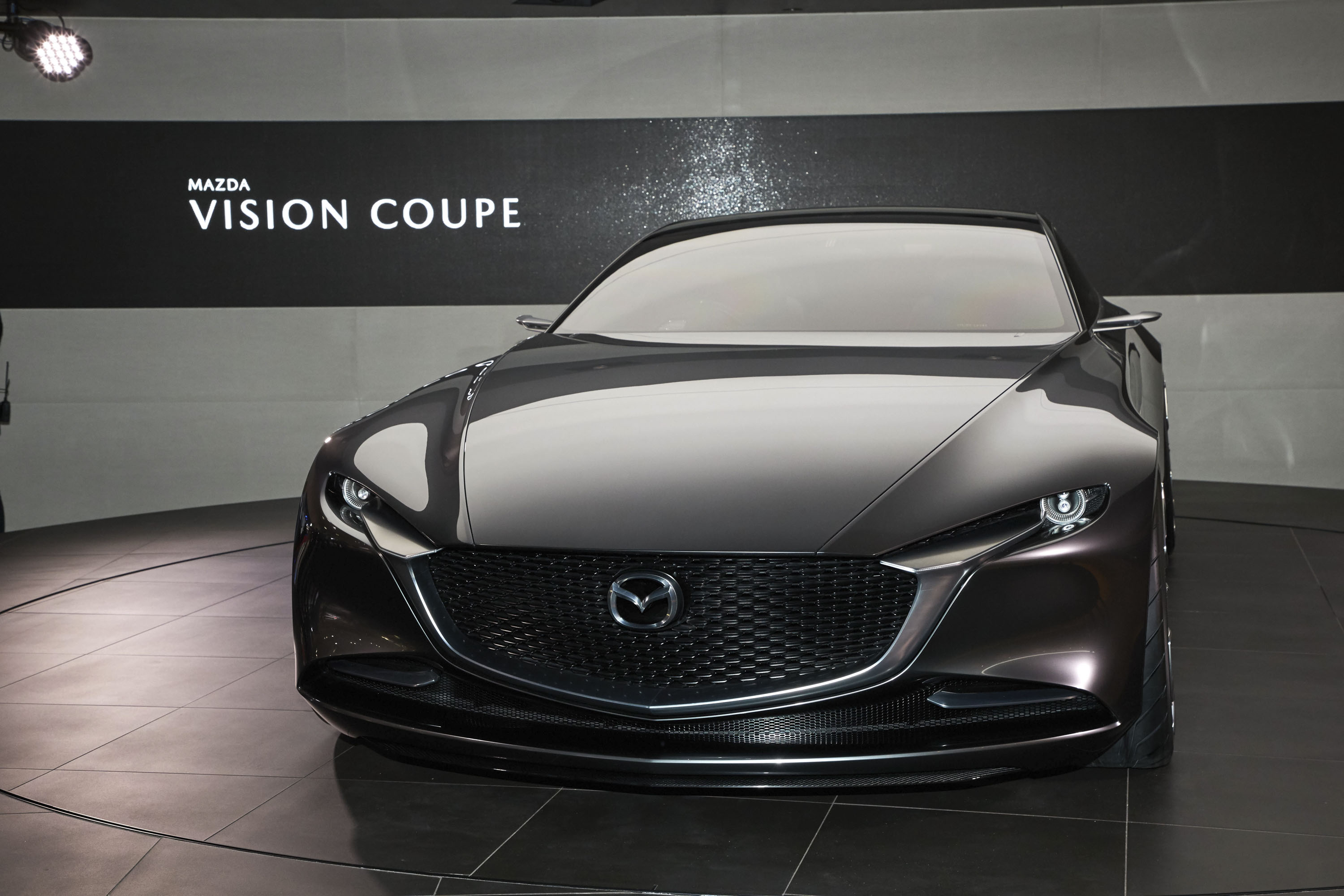 https://pictures.topspeed.com/IMG/jpg/201710/2017-mazda-vision-coupe-c-2.jpg