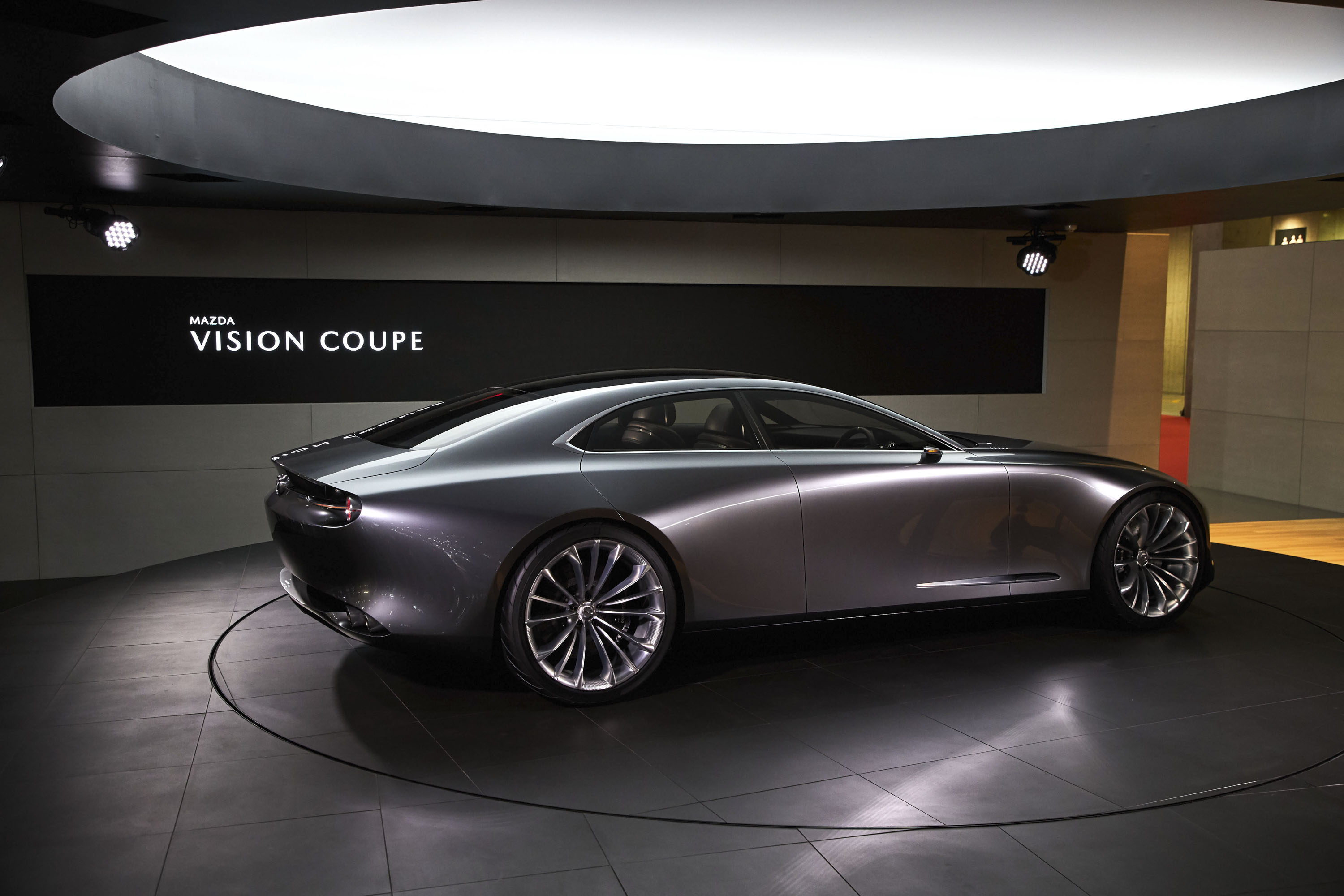 https://pictures.topspeed.com/IMG/jpg/201710/2017-mazda-vision-coupe-c-7.jpg