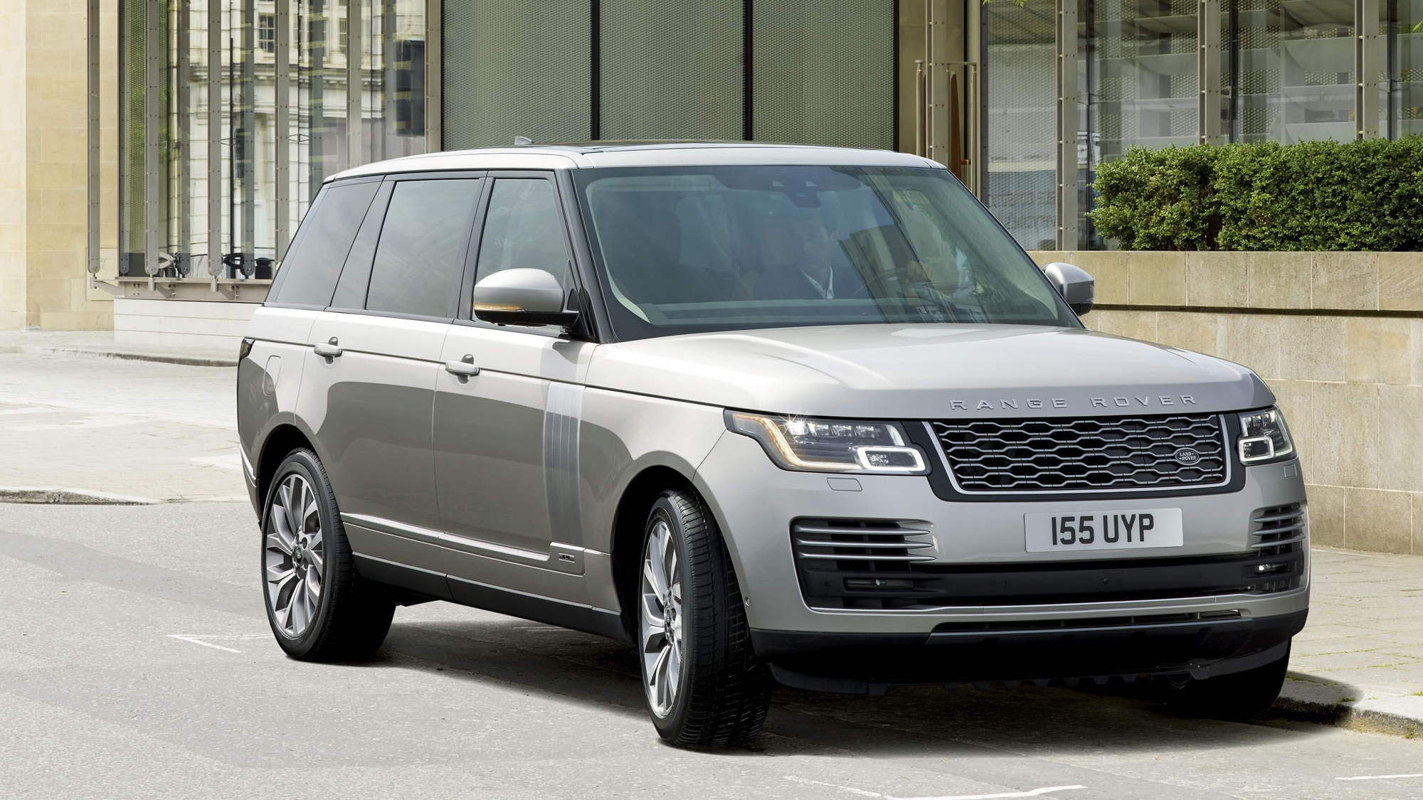 2019 land rover range rover p400e review gallery top speed. Black Bedroom Furniture Sets. Home Design Ideas