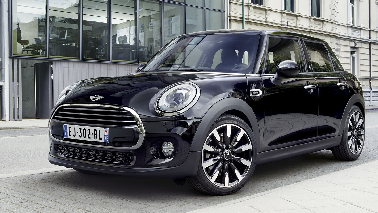 Mini Cooper Blackfriars : 2017 mini cooper blackfriars edition pictures photos wallpapers top speed ~ Medecine-chirurgie-esthetiques.com Avis de Voitures