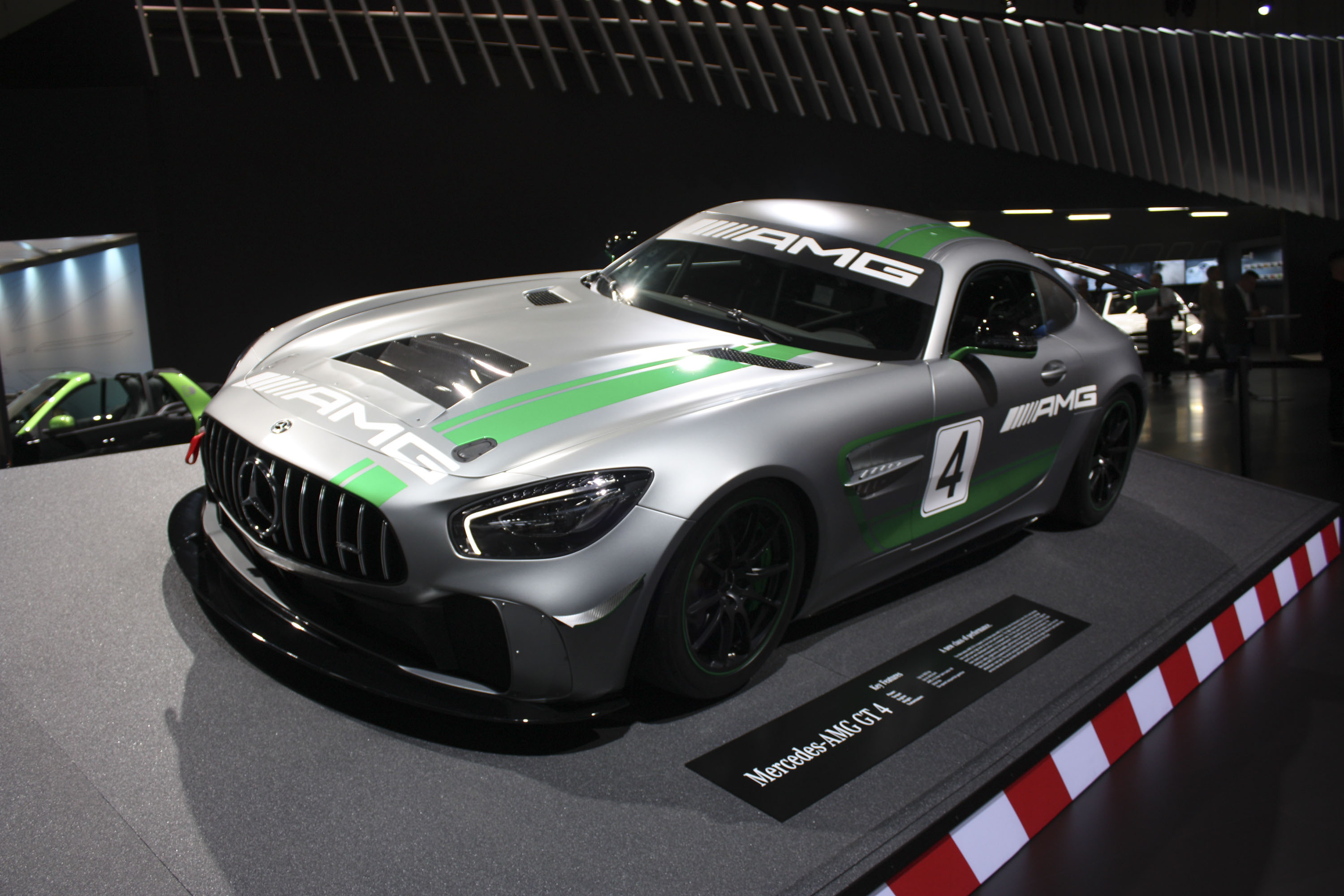 2017 Mercedes-AMG GT4 Review - Top Speed