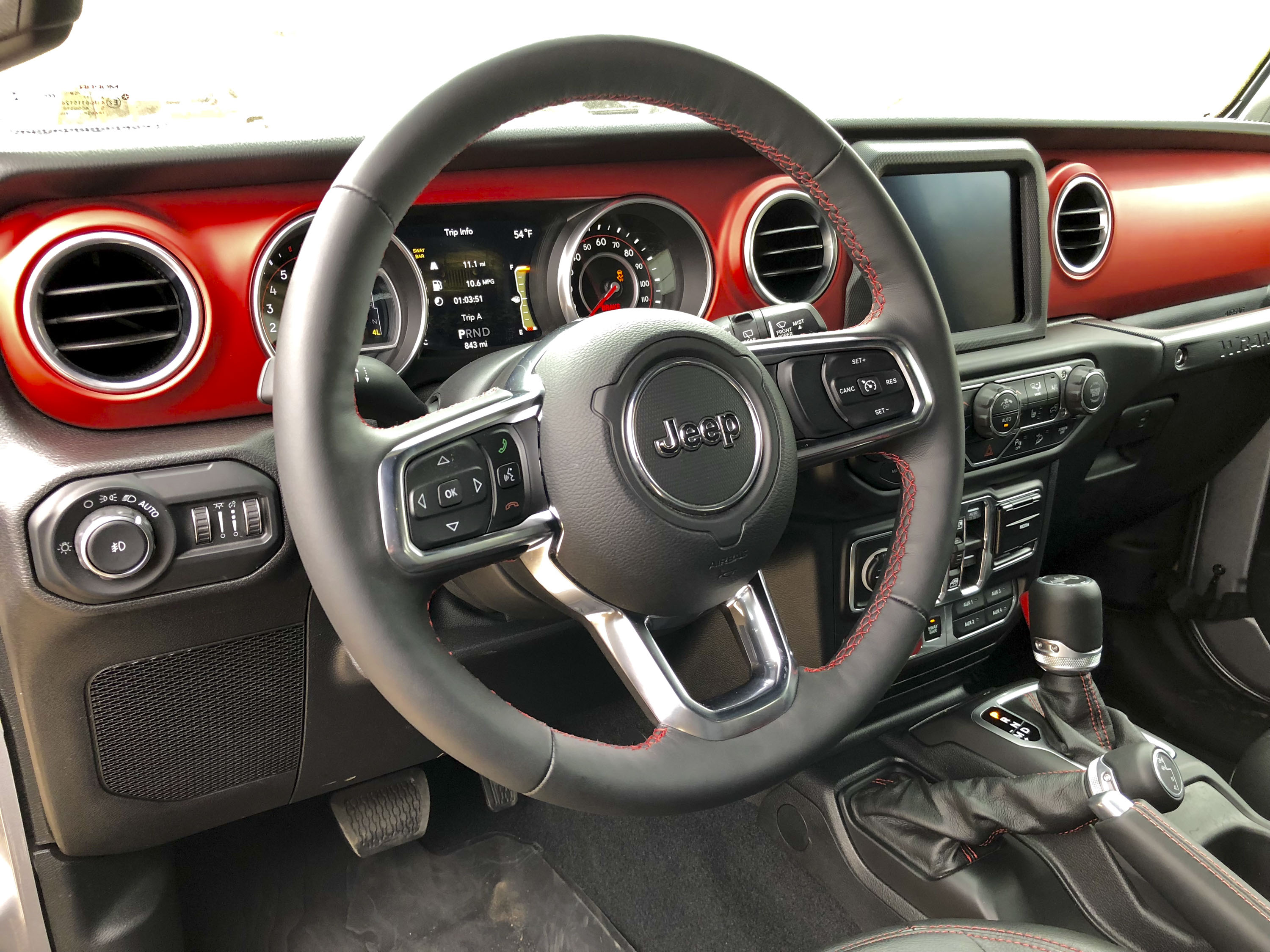 A Detailed Look At The 2018 Jeep Wranglers Dashboard Top Speed Wrangler Wiring Diagram 51 1