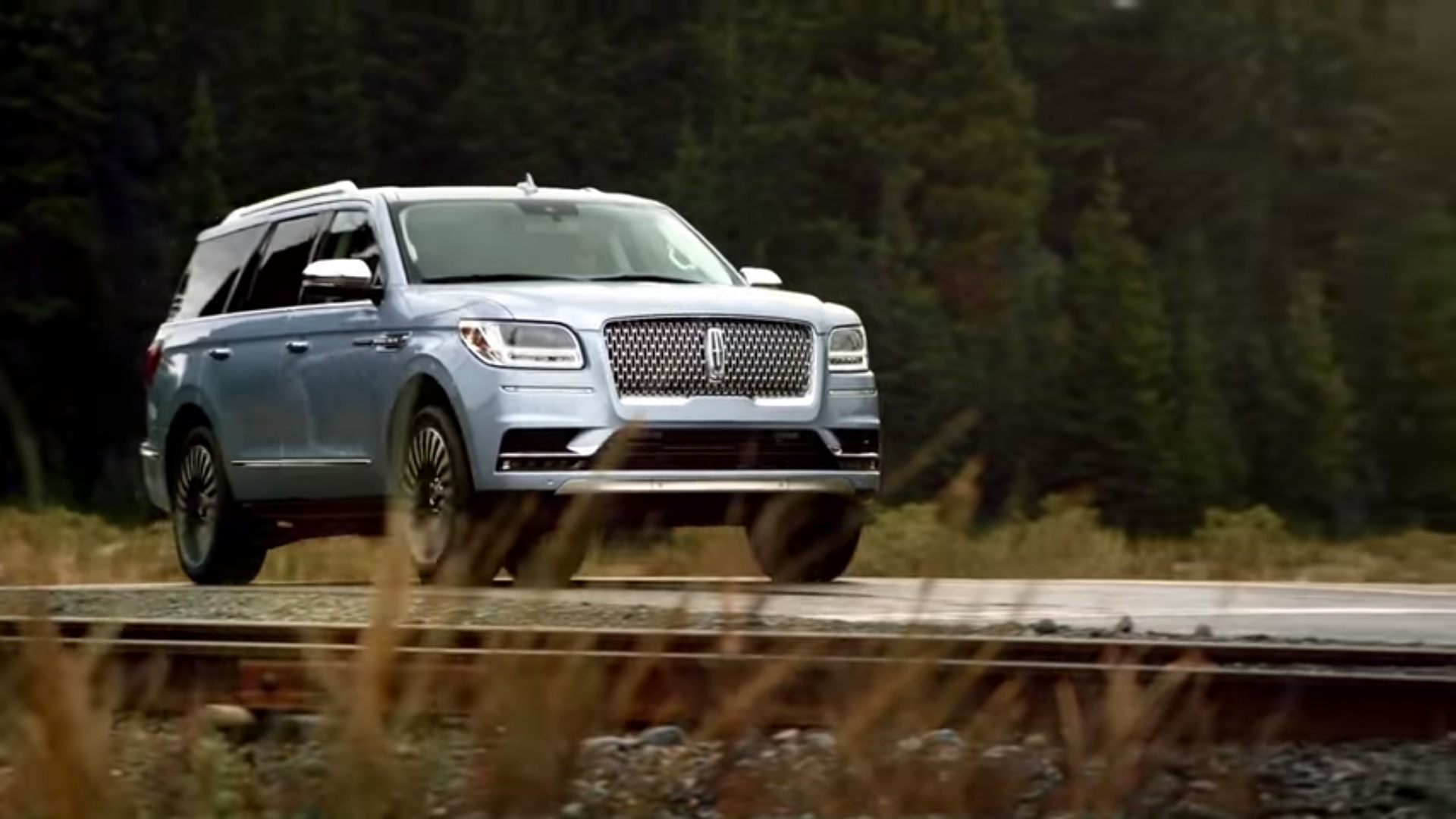 2018 Lincoln Navigator Ad Has A Silent Matthew Mcconaughey And A