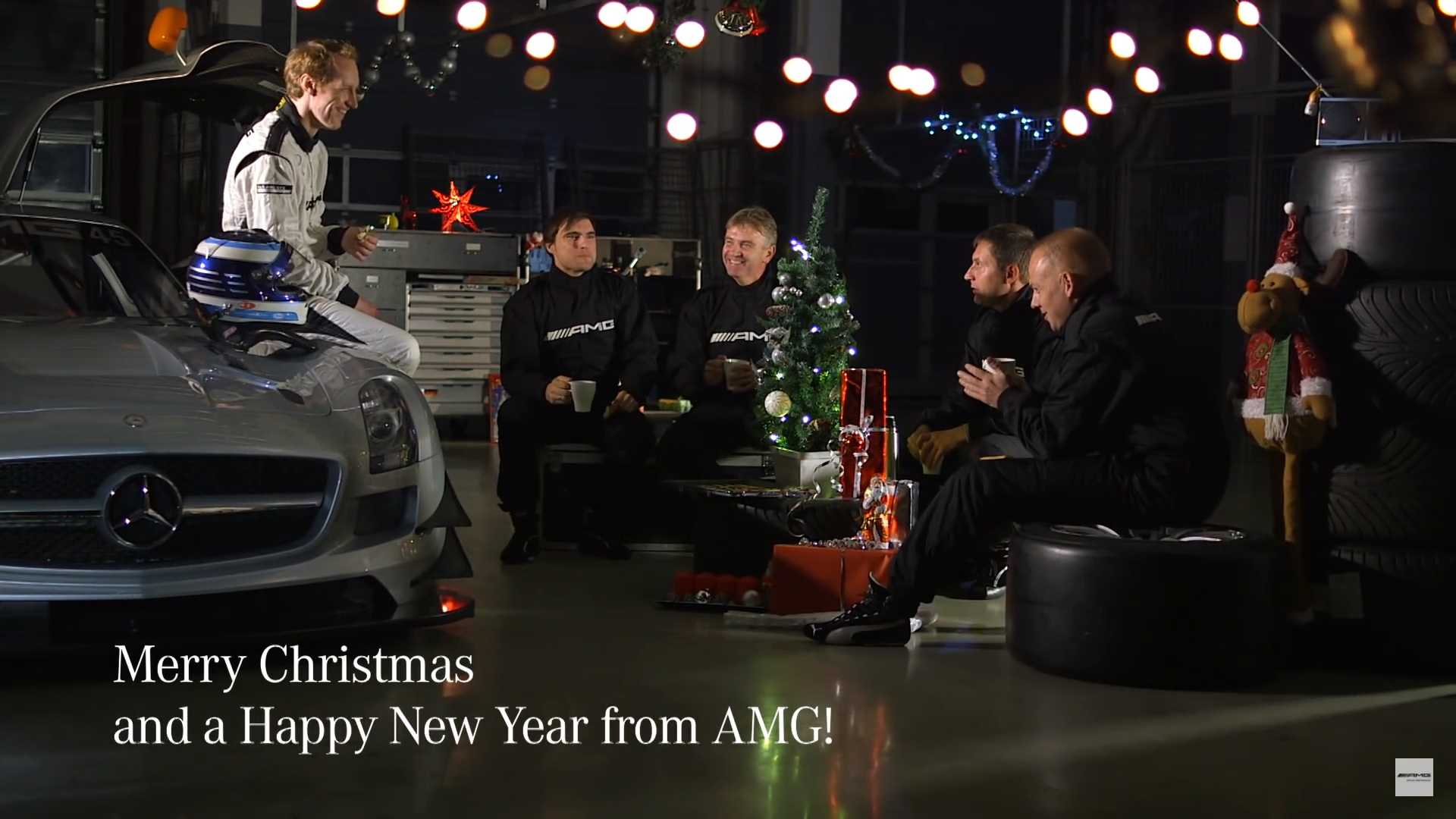 A timeless christmas commercial from mercedes amg news for Mercedes benz christmas commercial