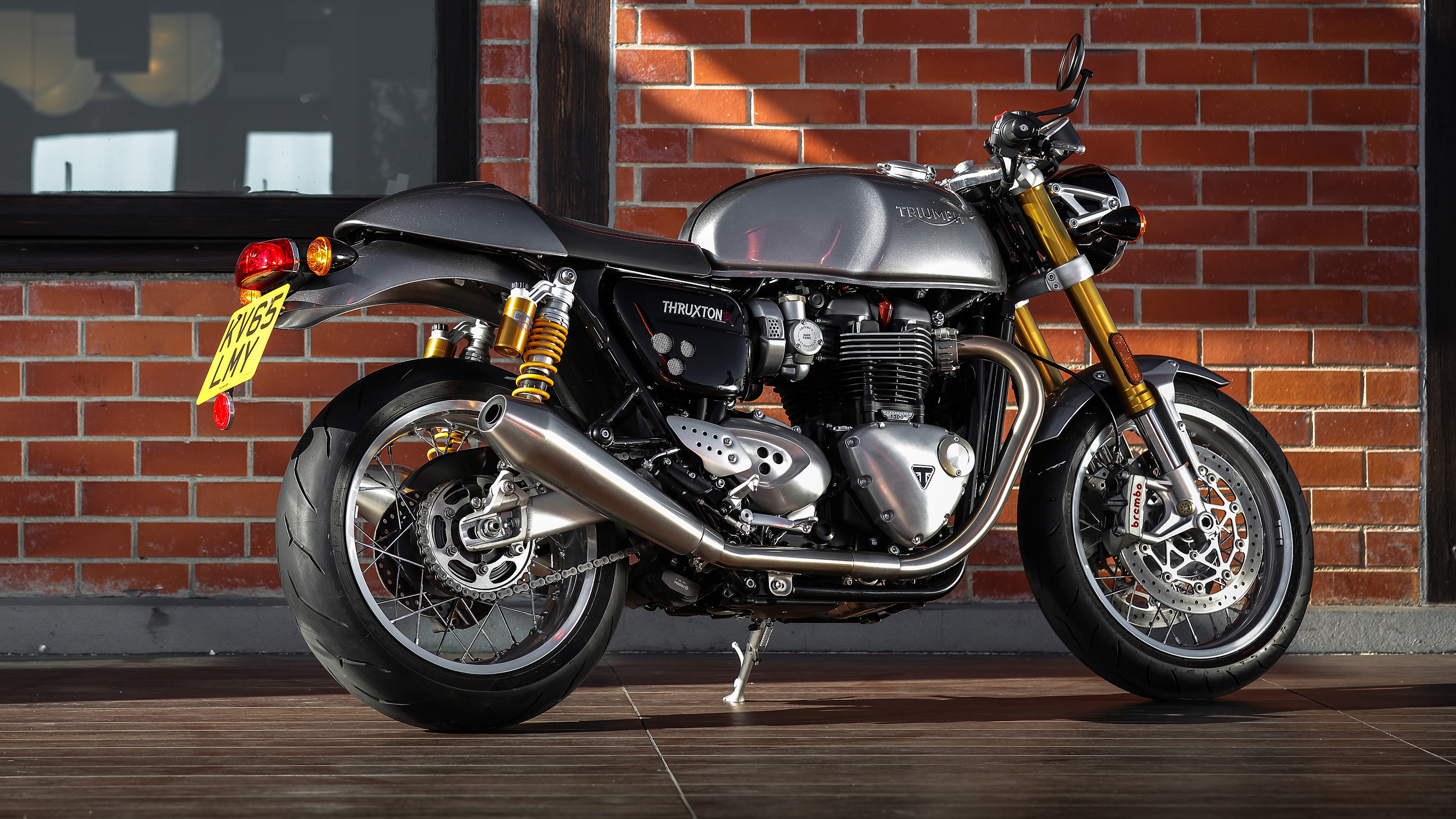 2016 2018 triumph thruxton 1200 1200 r top speed. Black Bedroom Furniture Sets. Home Design Ideas