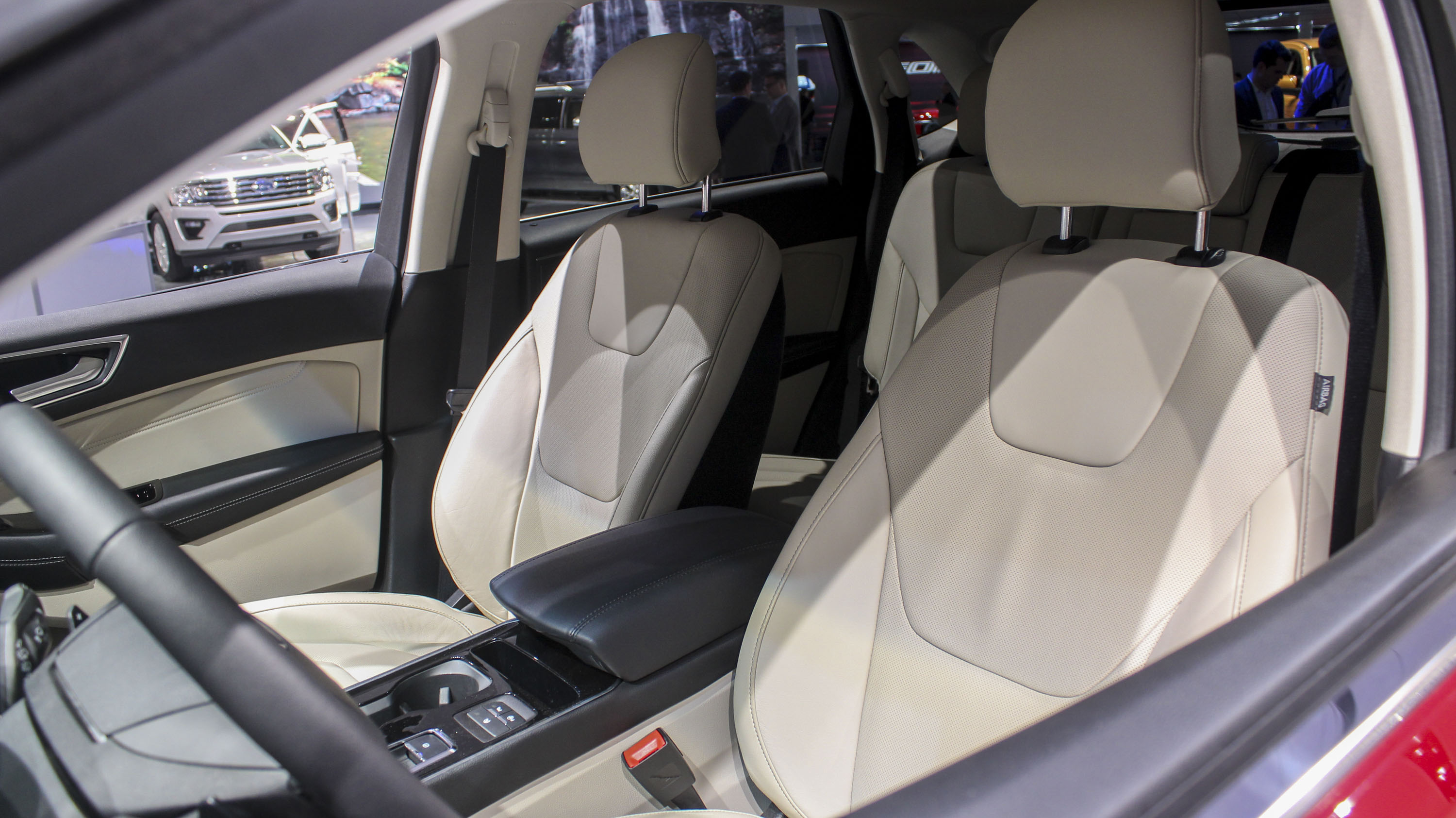 does 2017 ford edge have 3rd row seating. Black Bedroom Furniture Sets. Home Design Ideas