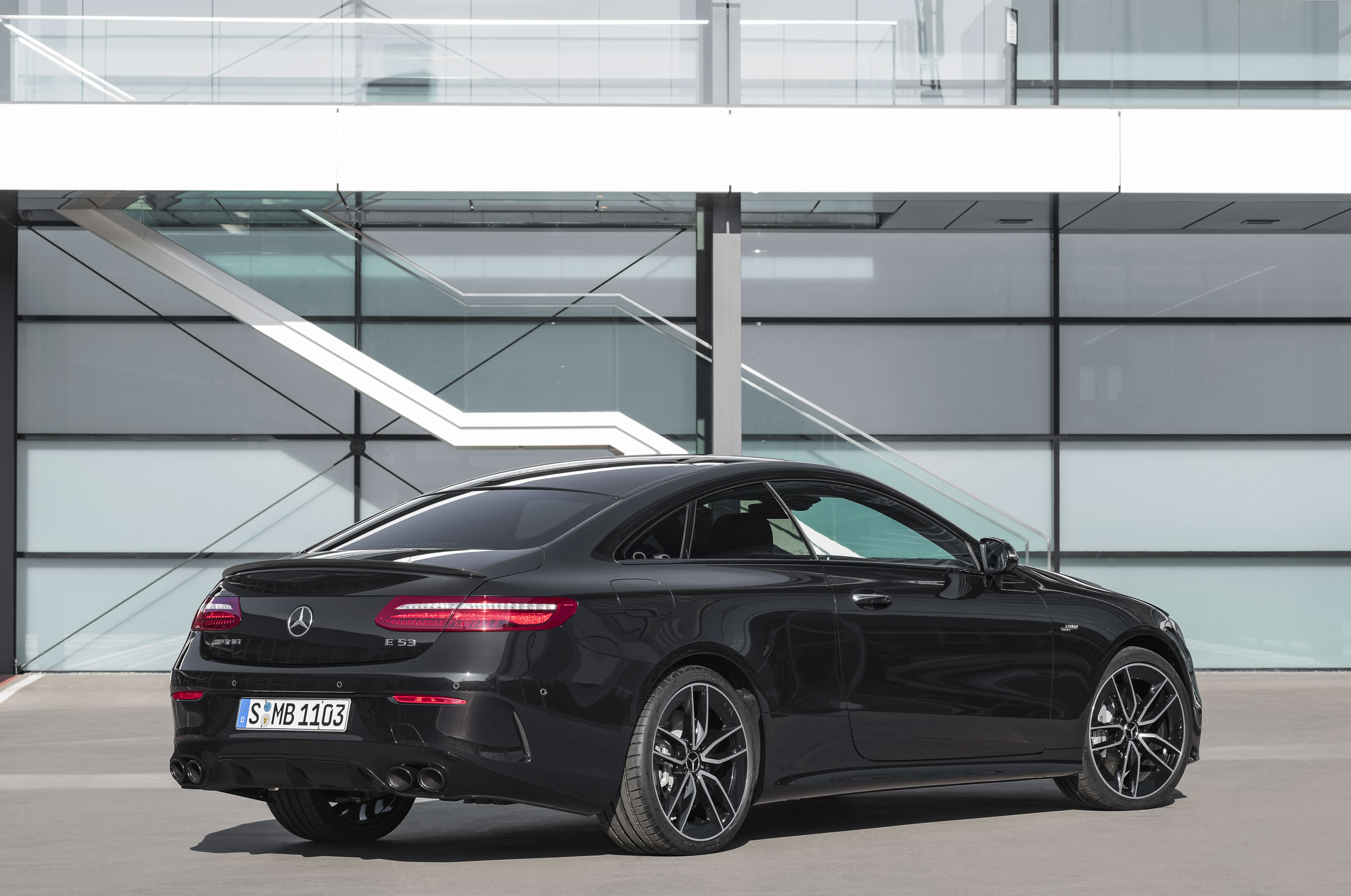 https://pictures.topspeed.com/IMG/jpg/201801/mercedes-amg-e53-cou-64.jpg