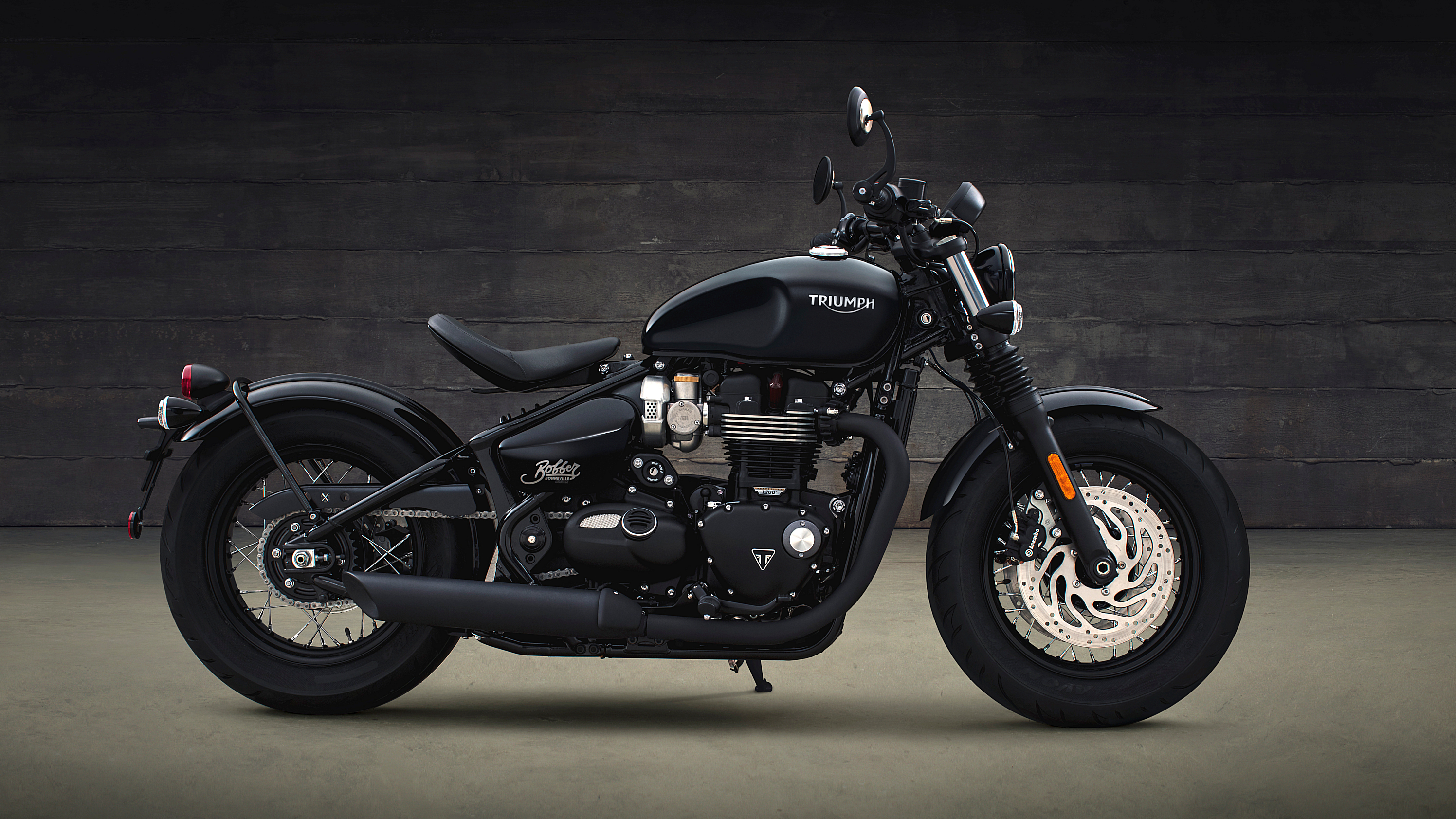 2018 Triumph Bonneville Bobber Black | Top Speed. »