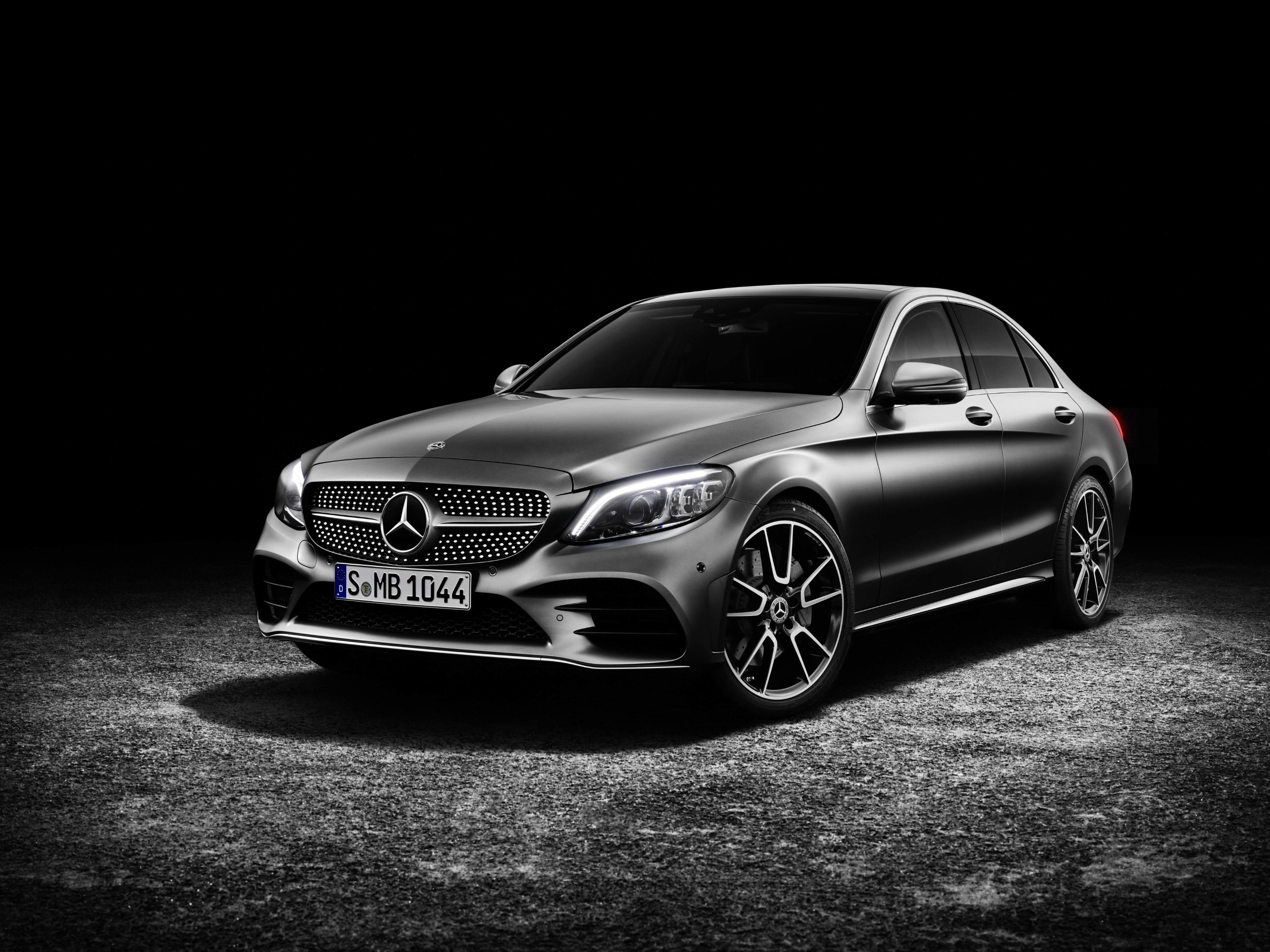 2019 Mercedes Benz C Class Unveiled Pictures Photos