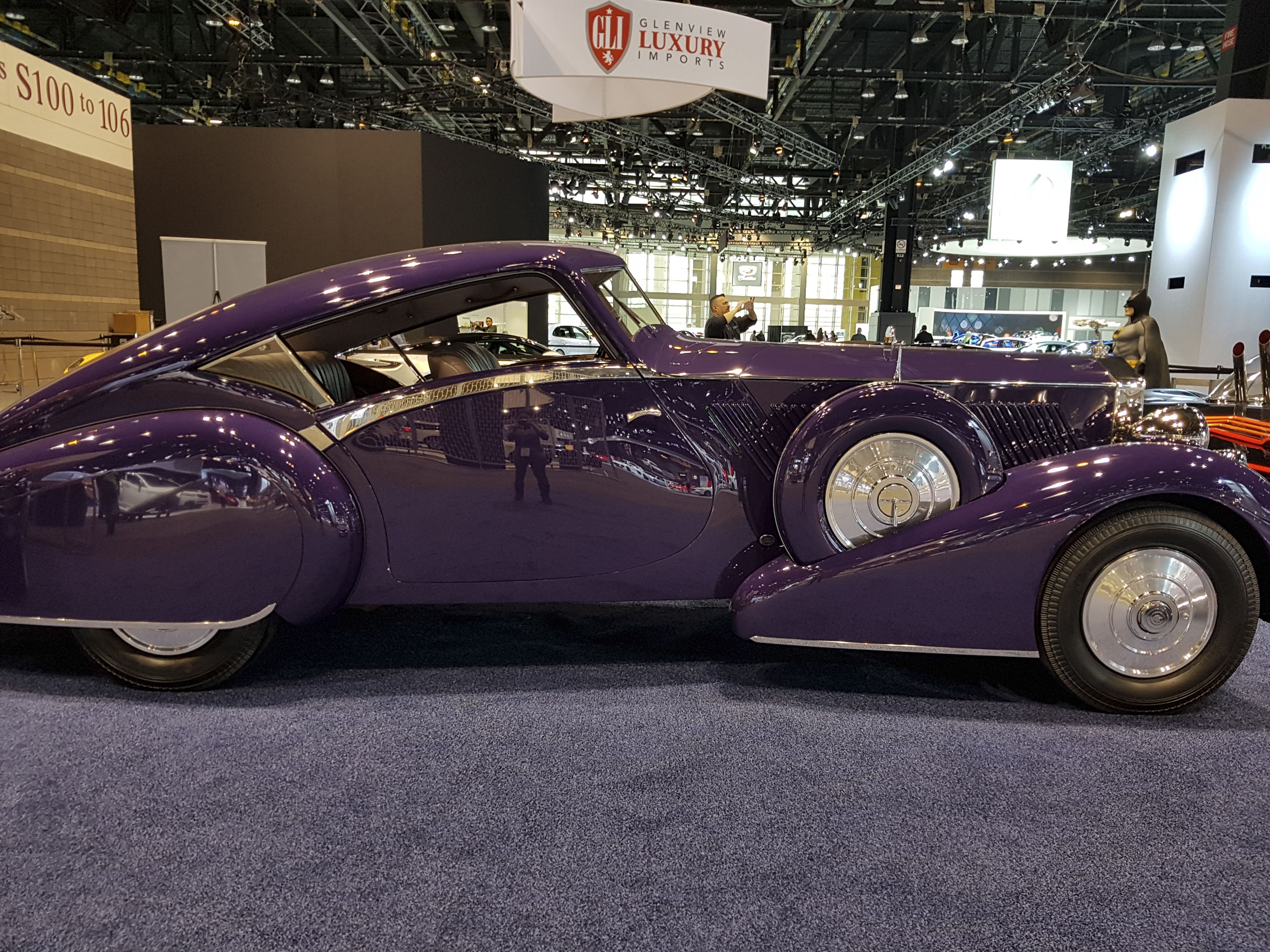 We Found A Bunch Of Cool Classic Cars At The Chicago Auto Show ...