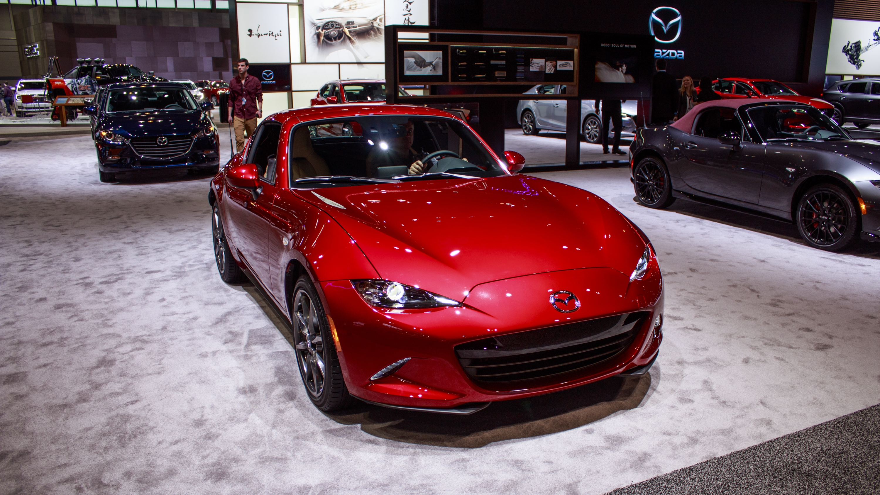 mazda mx 5 miata rf gets an update for the 2018my top speed. Black Bedroom Furniture Sets. Home Design Ideas