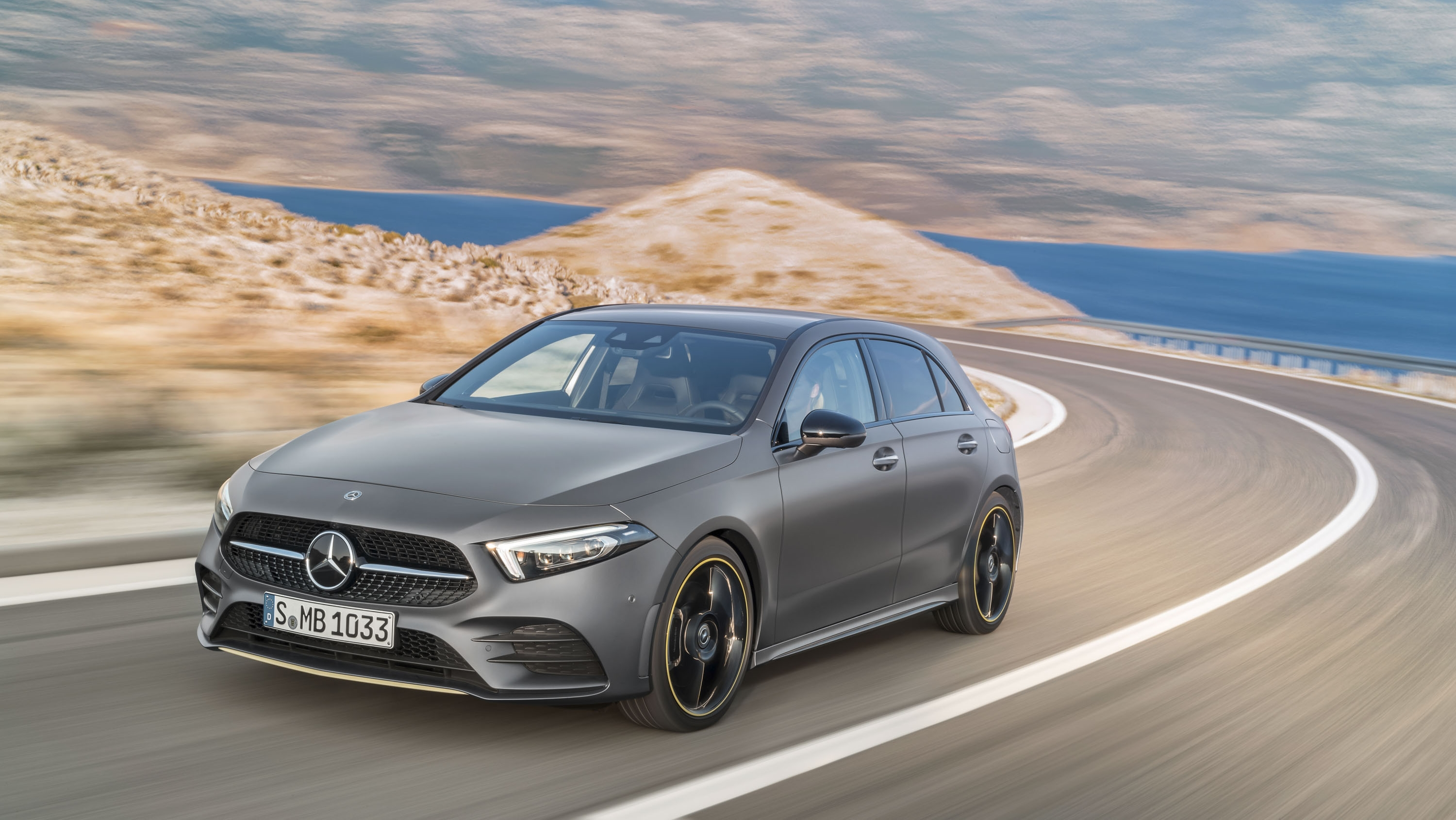 new mercedes a class hatchback not coming to the u s you can buy it in canada though top speed. Black Bedroom Furniture Sets. Home Design Ideas