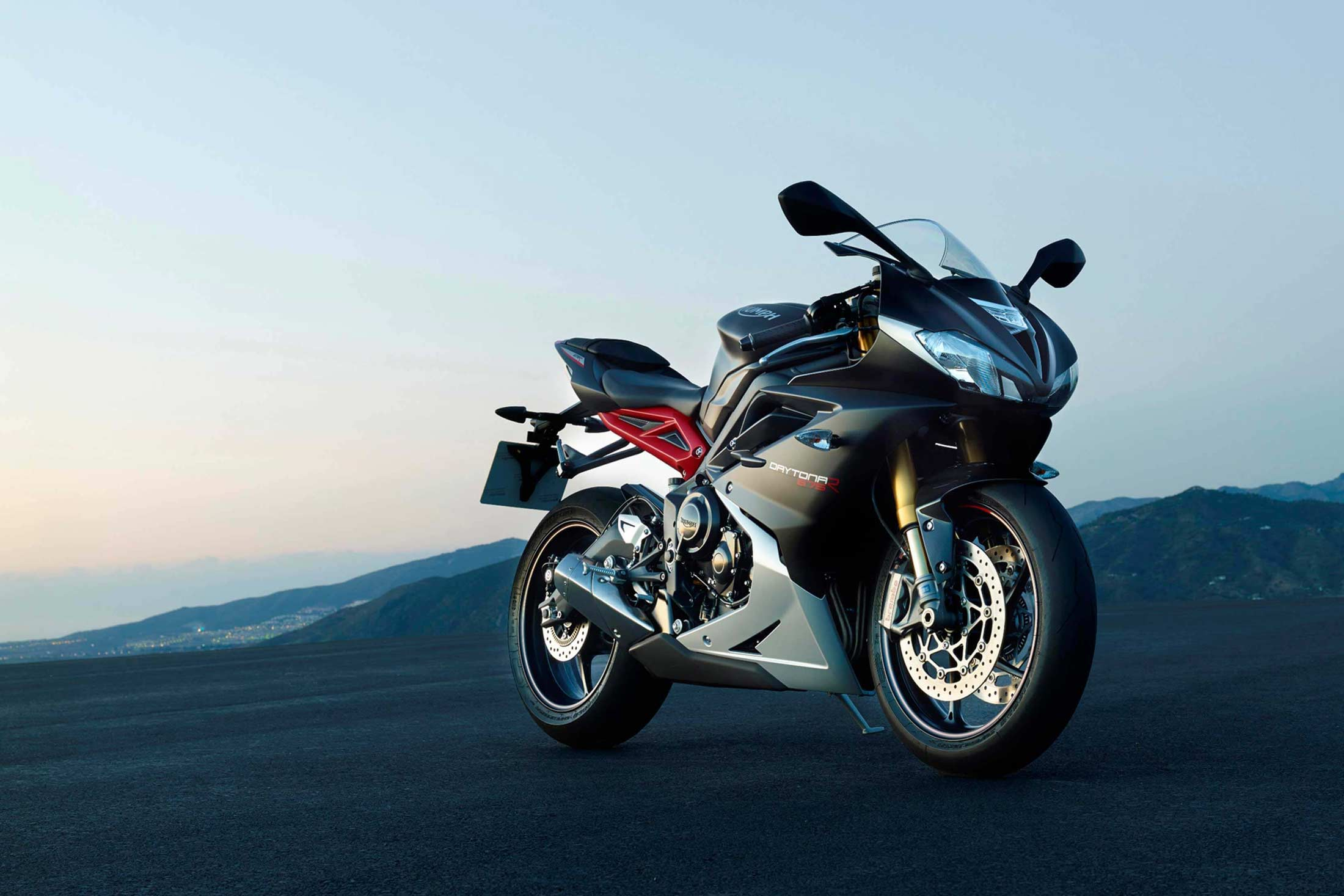 Triumph Removes The Daytona 675 Off Its Shelves Top Speed