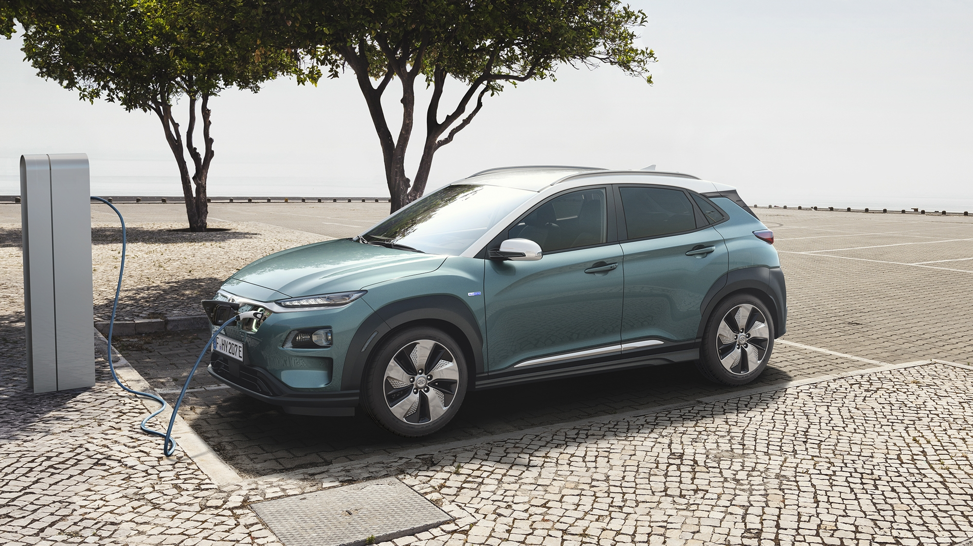 2019 hyundai kona electric review gallery top speed. Black Bedroom Furniture Sets. Home Design Ideas