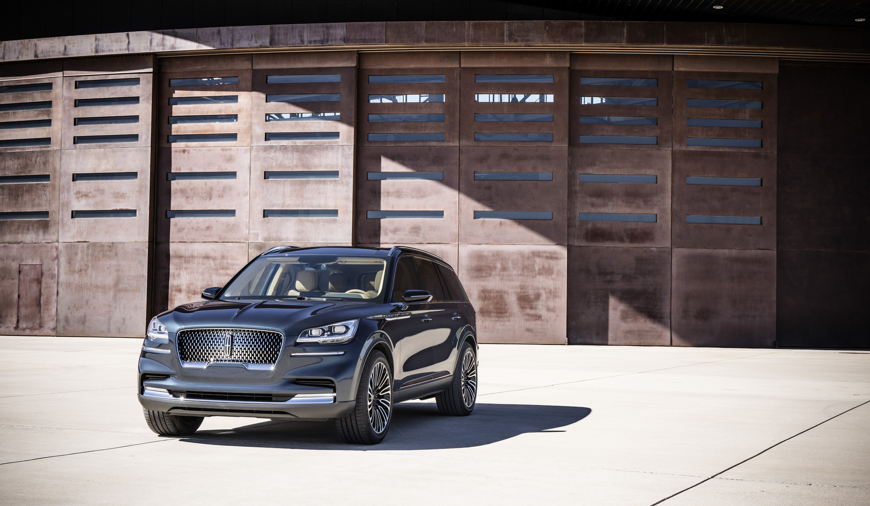 Who Needs A Car Key Not Lincoln Aviator Owners Thanks To Phone As