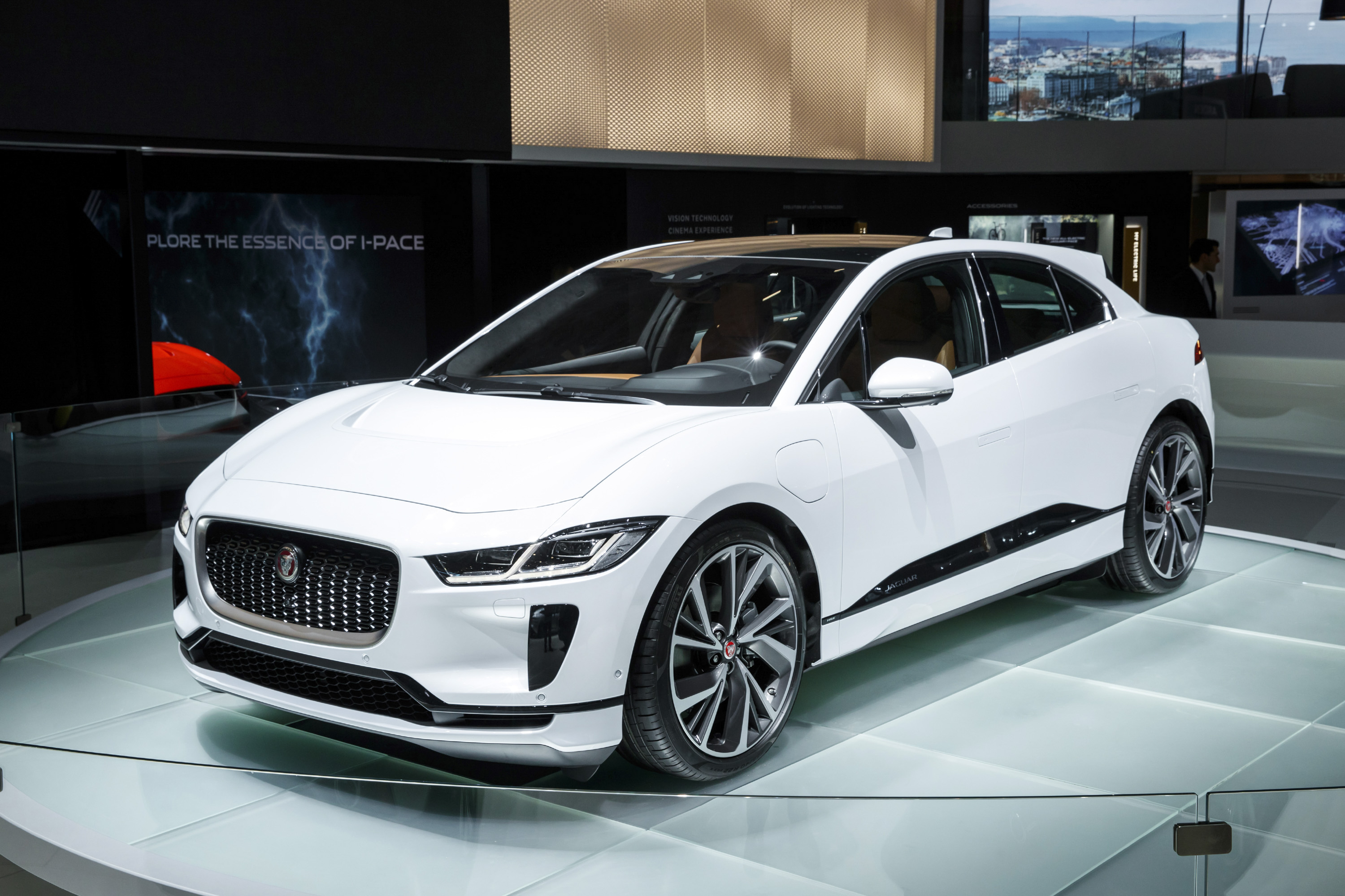 2019 Jaguar I-Pace EV: Design, Specs, Mileage, Price >> Quick Specs 2019 Jaguar I Pace Top Speed