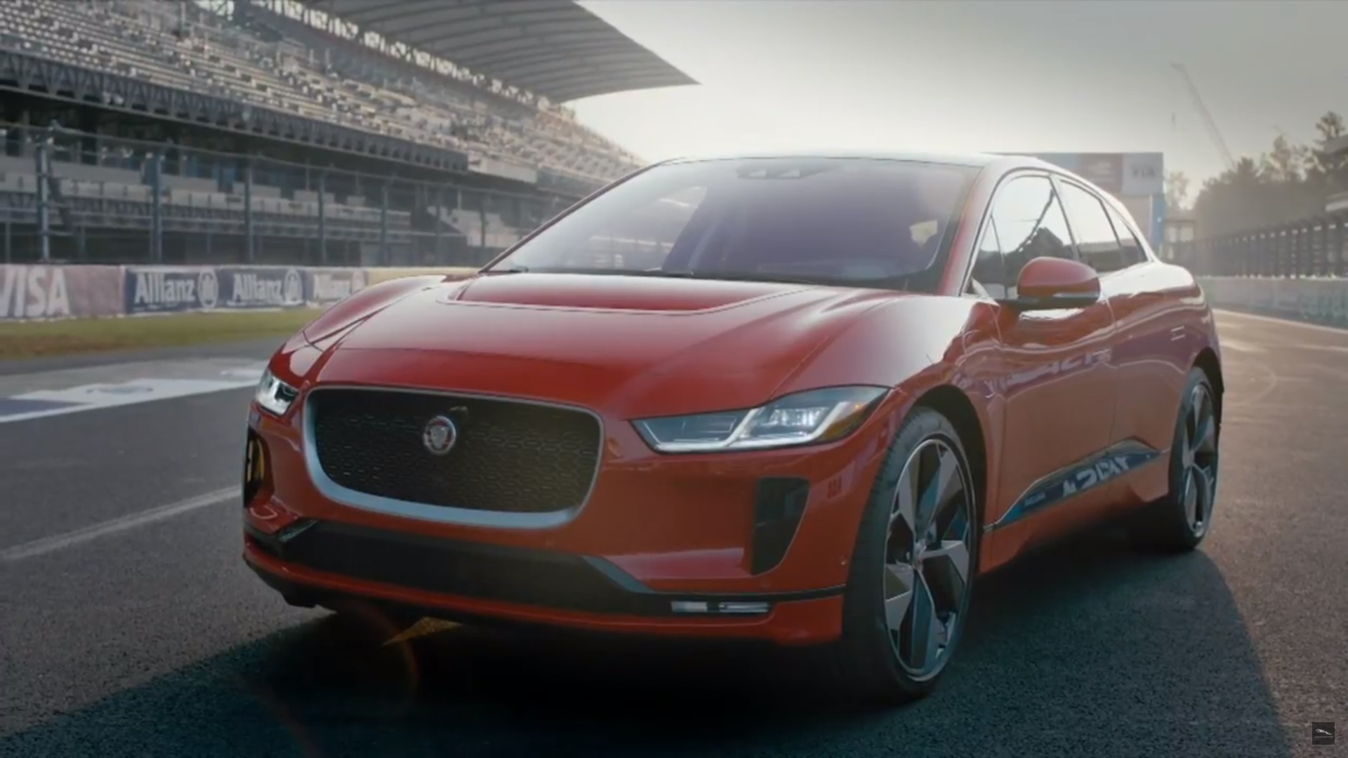 the jaguar i pace has finally made its world debut puts tesla model x in the crosshairs top speed. Black Bedroom Furniture Sets. Home Design Ideas