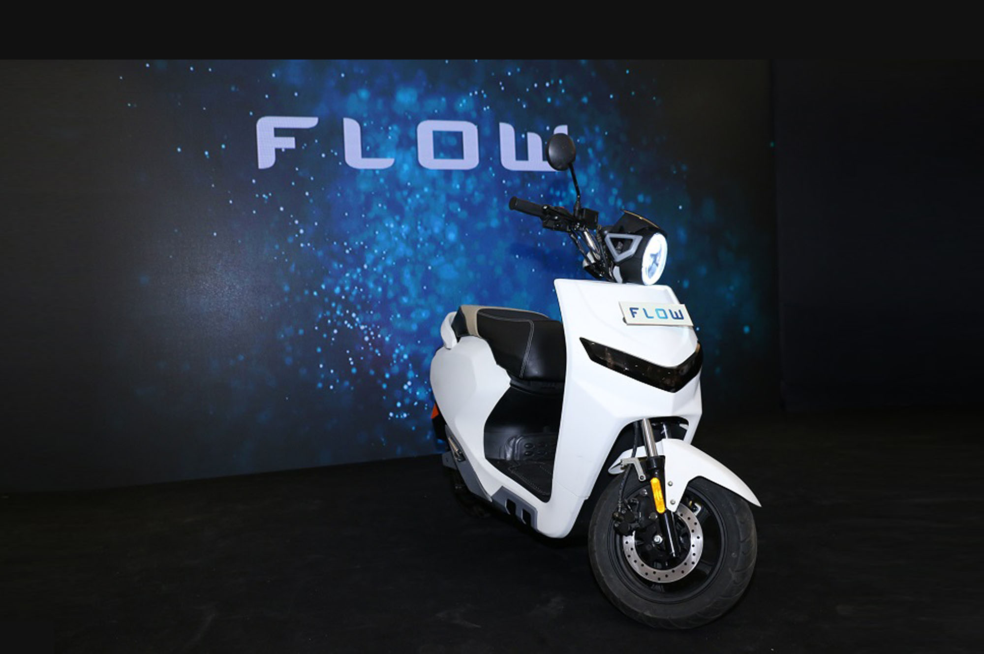 This 22 Motors Flow Is An Electric Scooter With Artificial