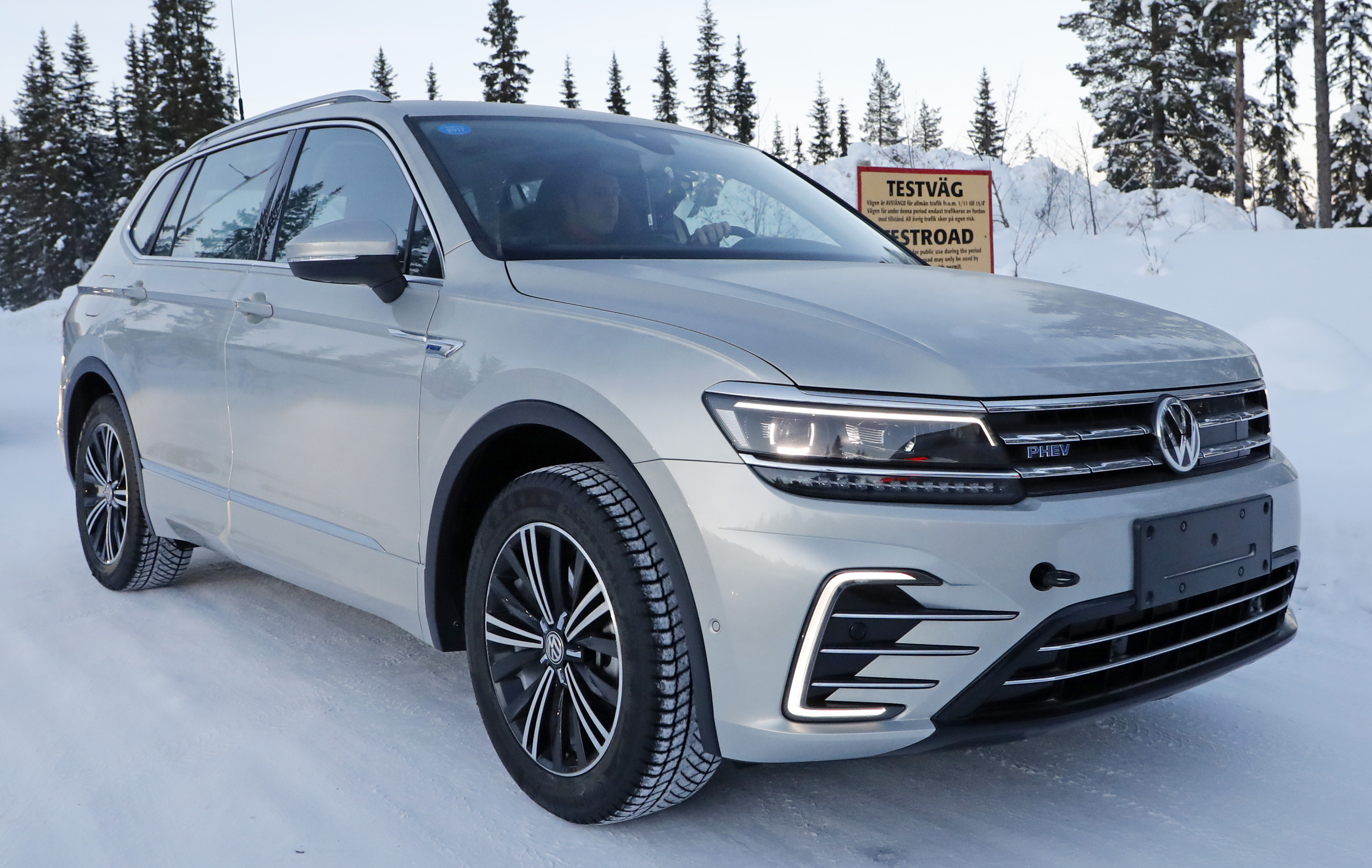 2019 Vw Tiguan Exterior Car Review 2018