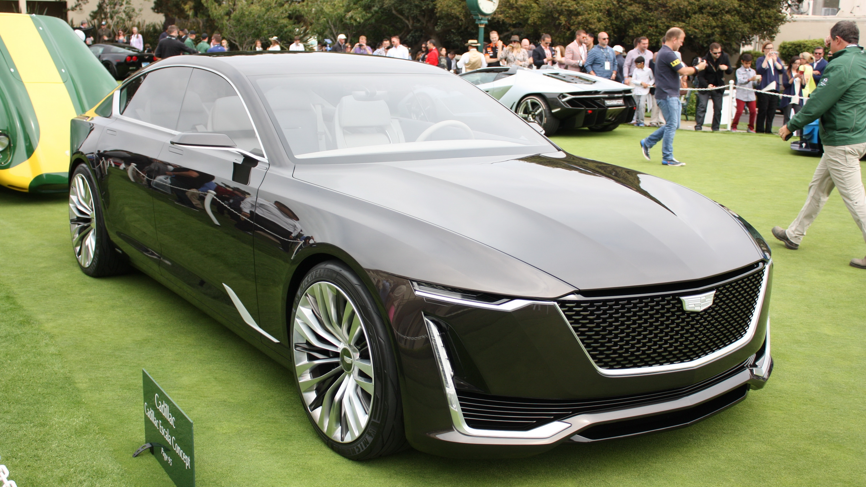 Bmw Audi And Mercedes Benz Get A Stay Of Execution As Cadillac Announces No Halo Vehicle Until At Least 2022 Pictures Photos Top Speed