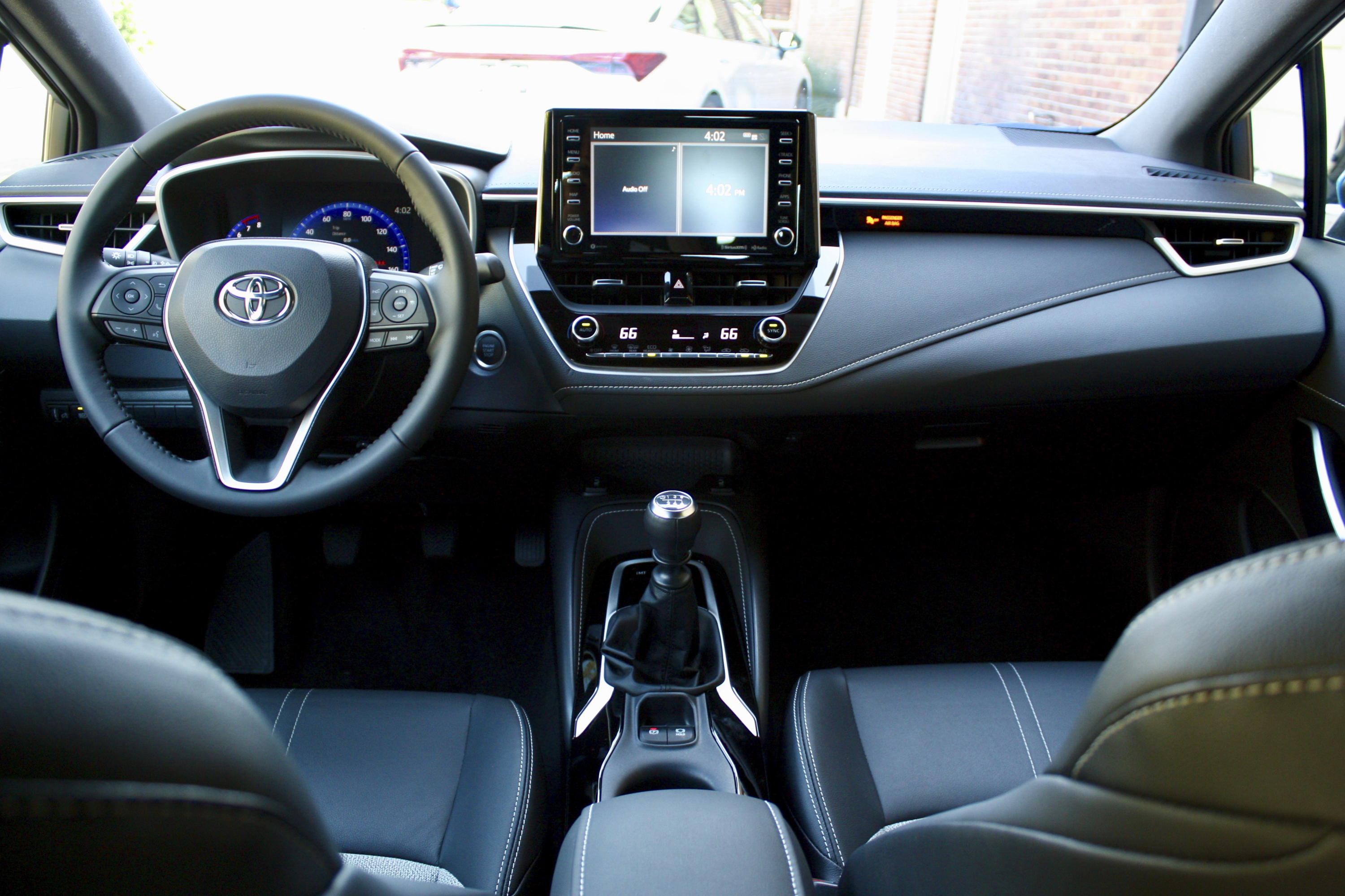 Toyota Corolla Owners Manual: Displaying the device status