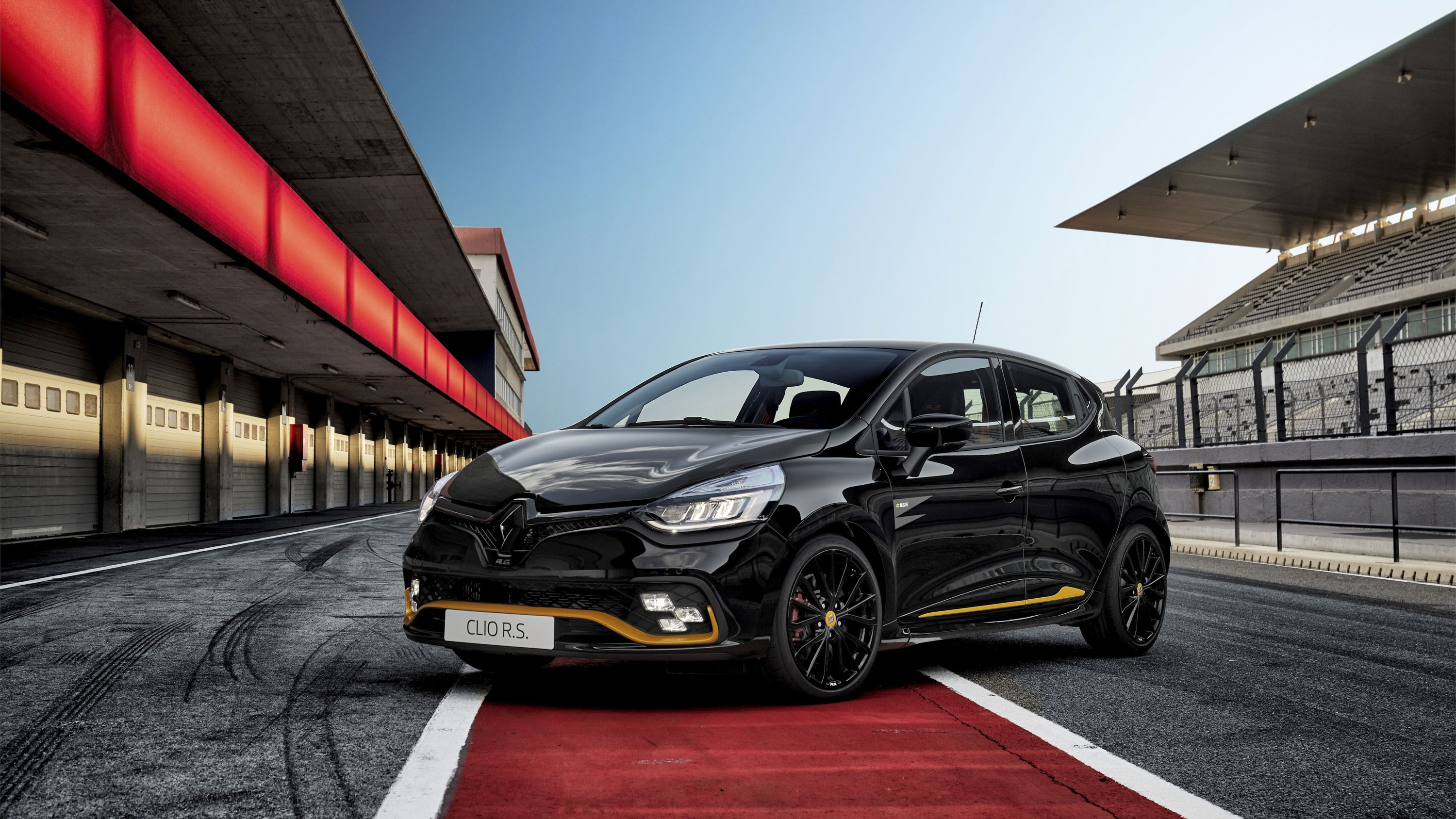 Wallpaper Of The Day 2018 Renault Clio R S 18 Pictures Photos