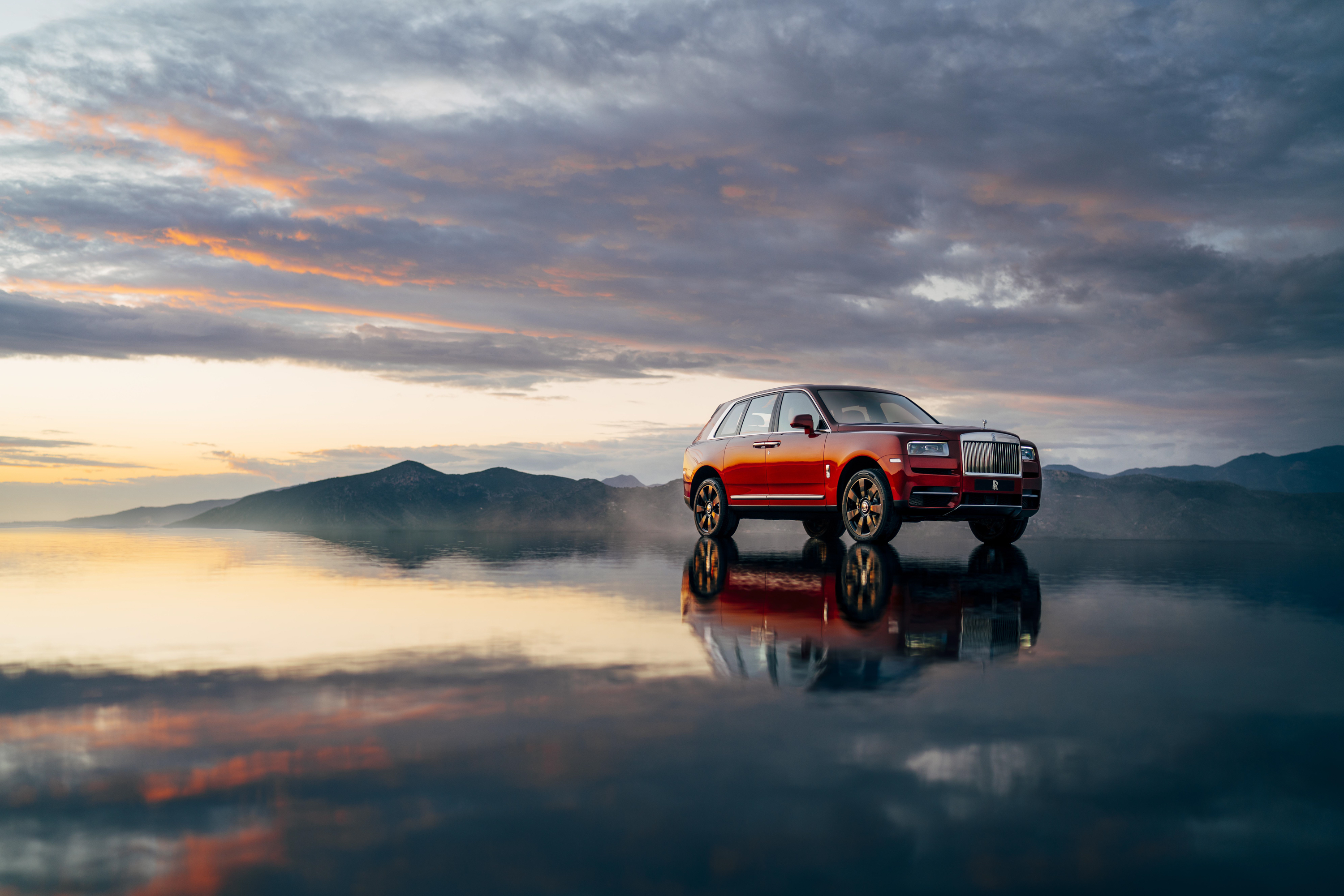 Wallpaper Of The Day 2019 Rolls Royce Cullinan